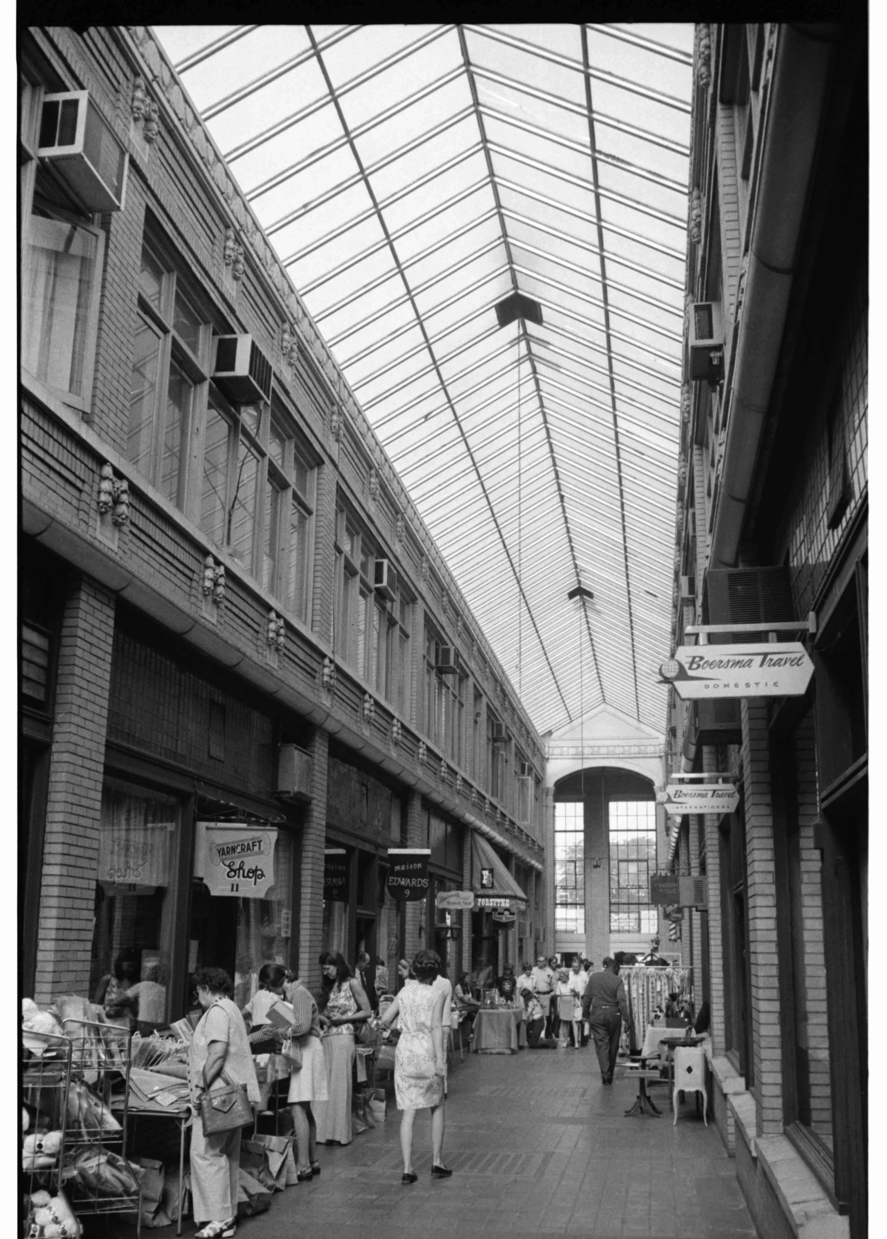 Nickels Arcade, July 28, 1974 image