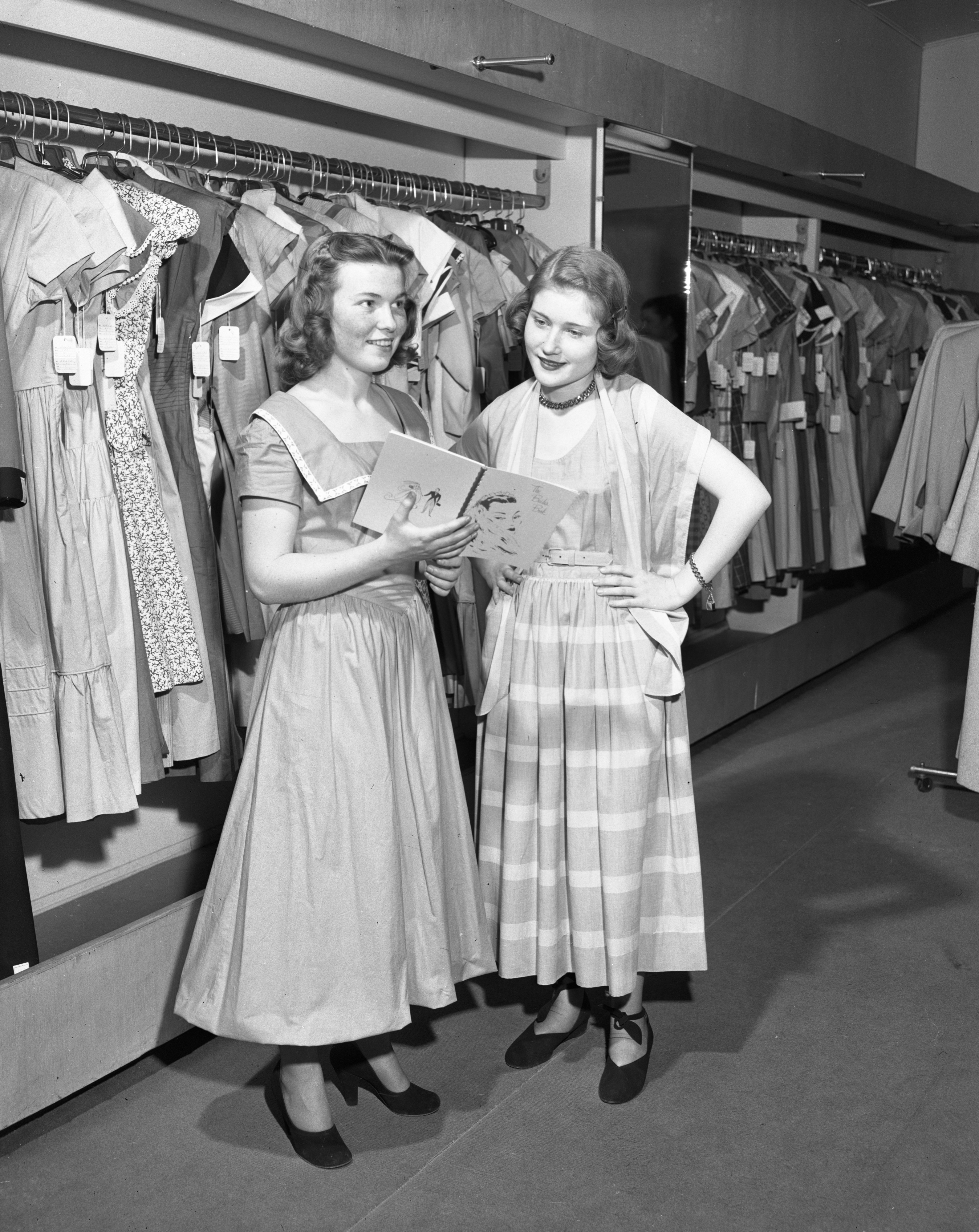 Teens In Spring Clothes At Marti Walker Shop, March 1949