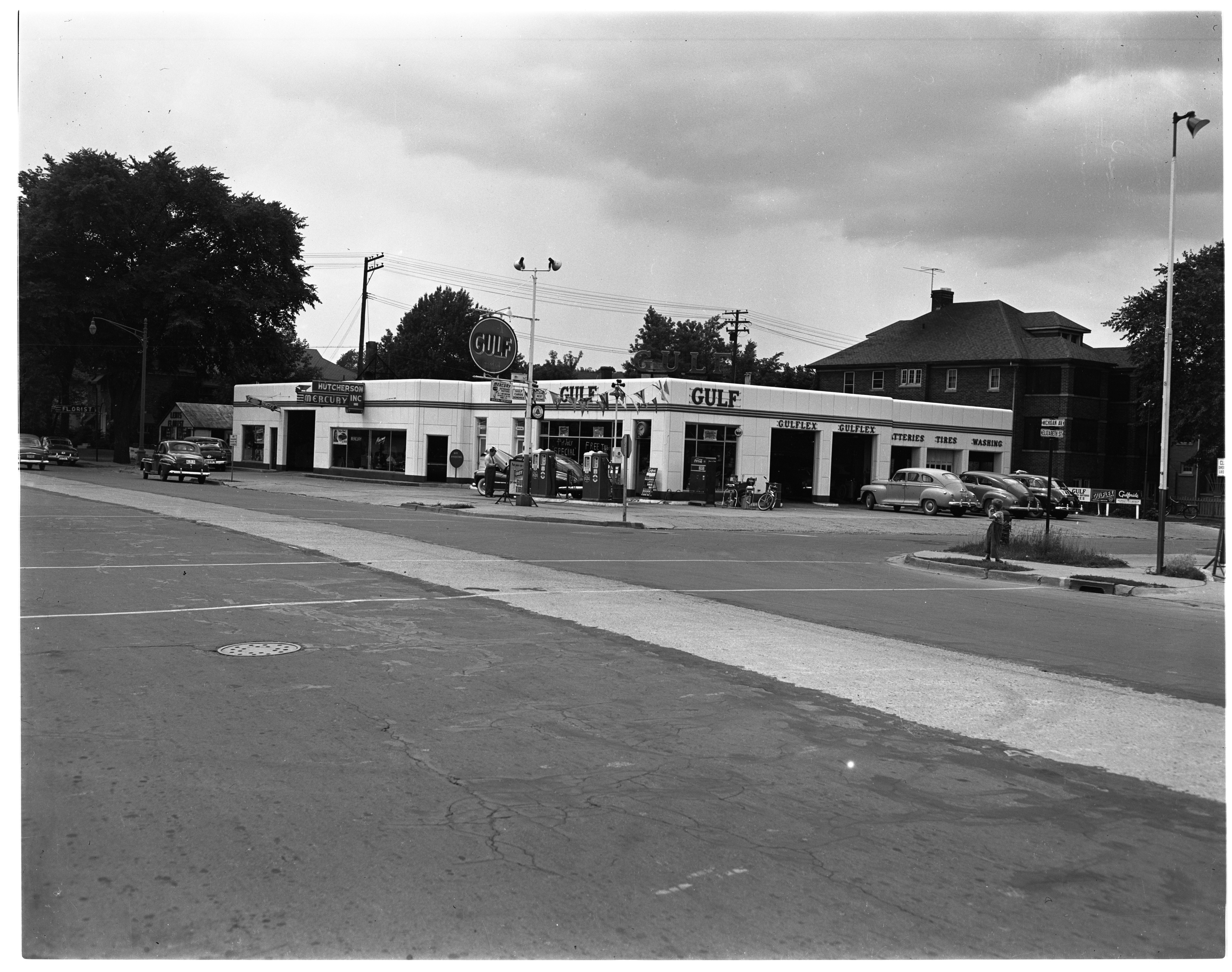 Gulf Gas Station, Corner of Michigan Ave. and Elizabeth St., Wayne, August 1950 image