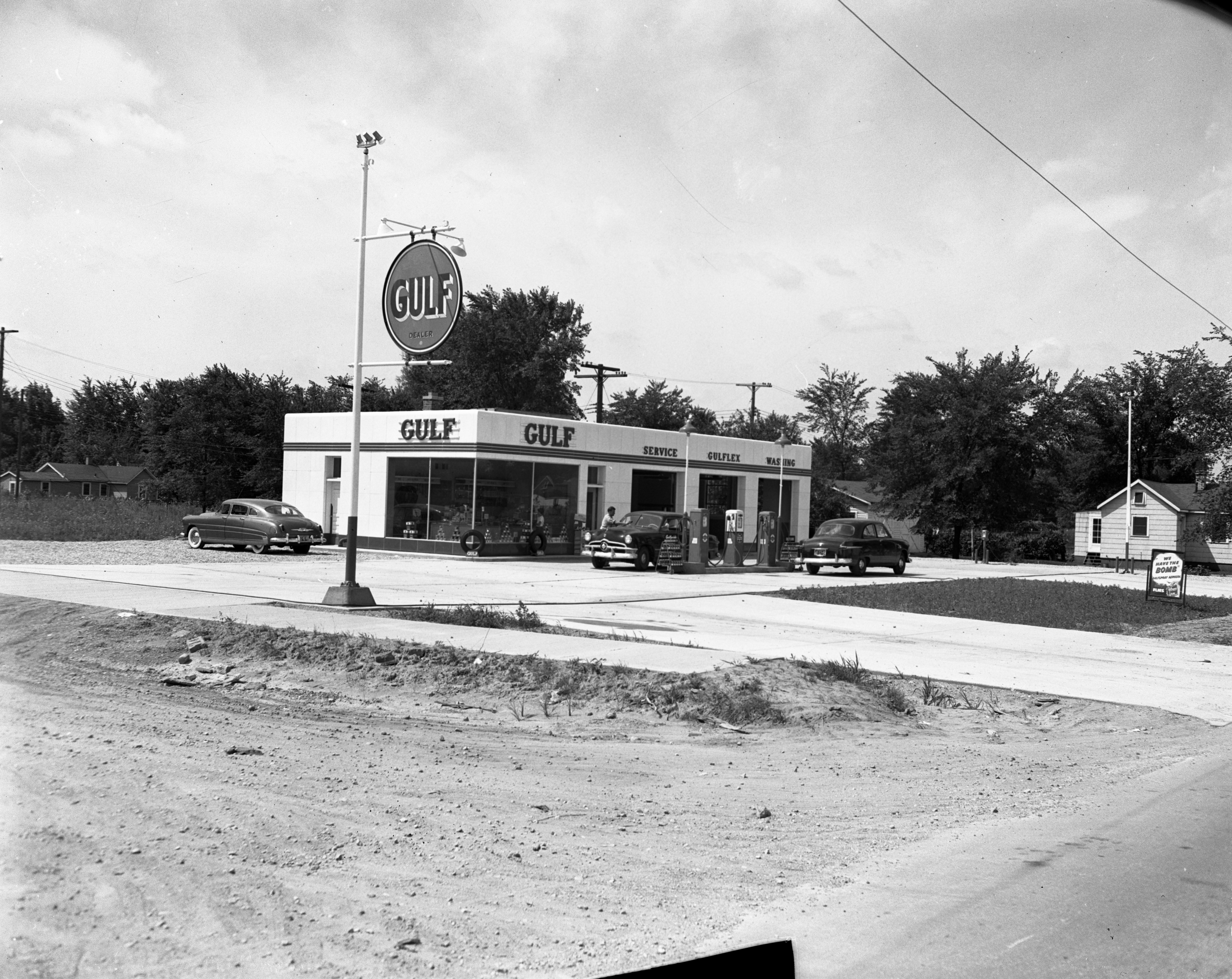 Gulf gas station, August 1951 image
