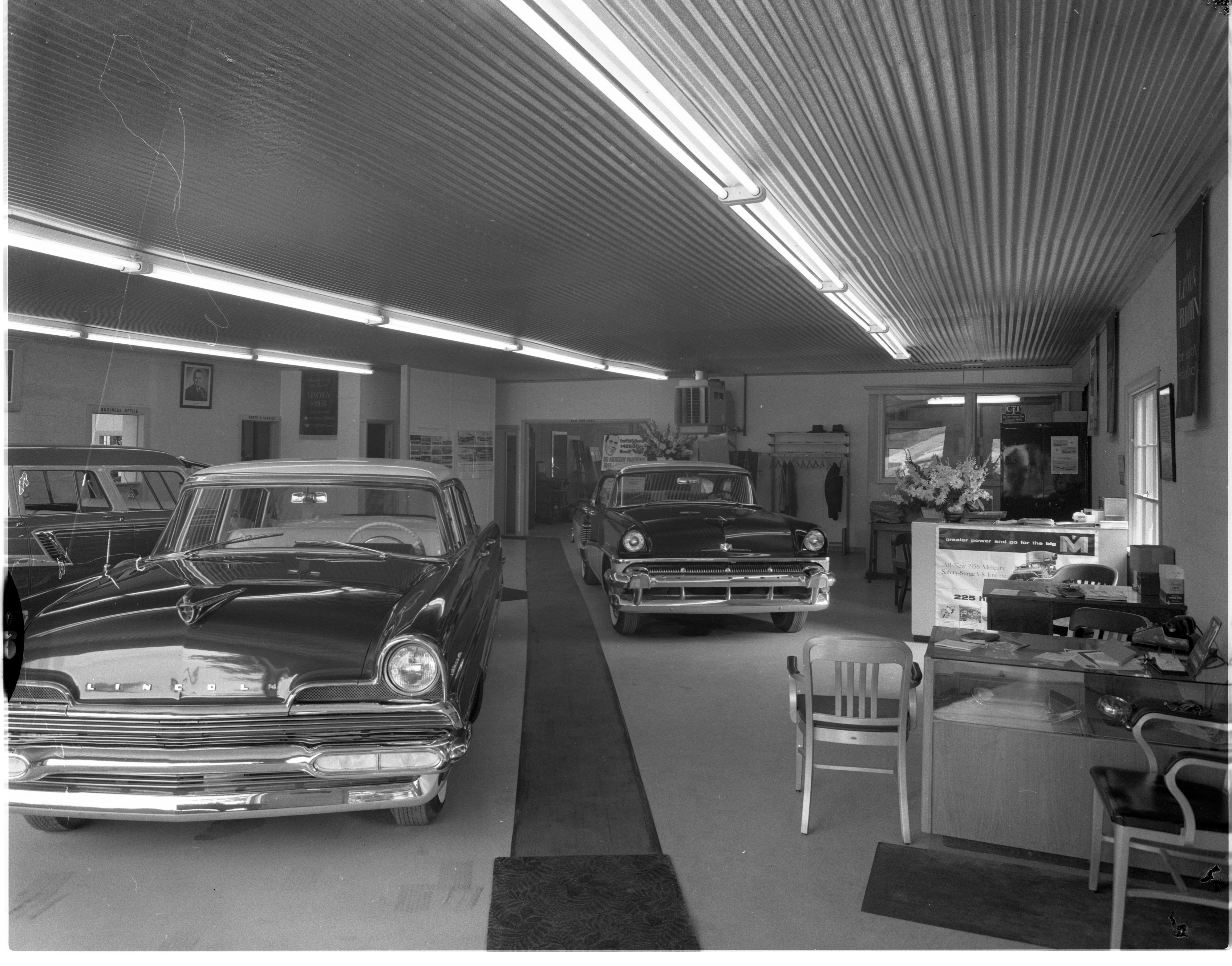 of hr in report the lincoln westmont final daily new market area dealership for great lakes and dealer mercury lincolnnavigatorconcept was sales per ogden chicago