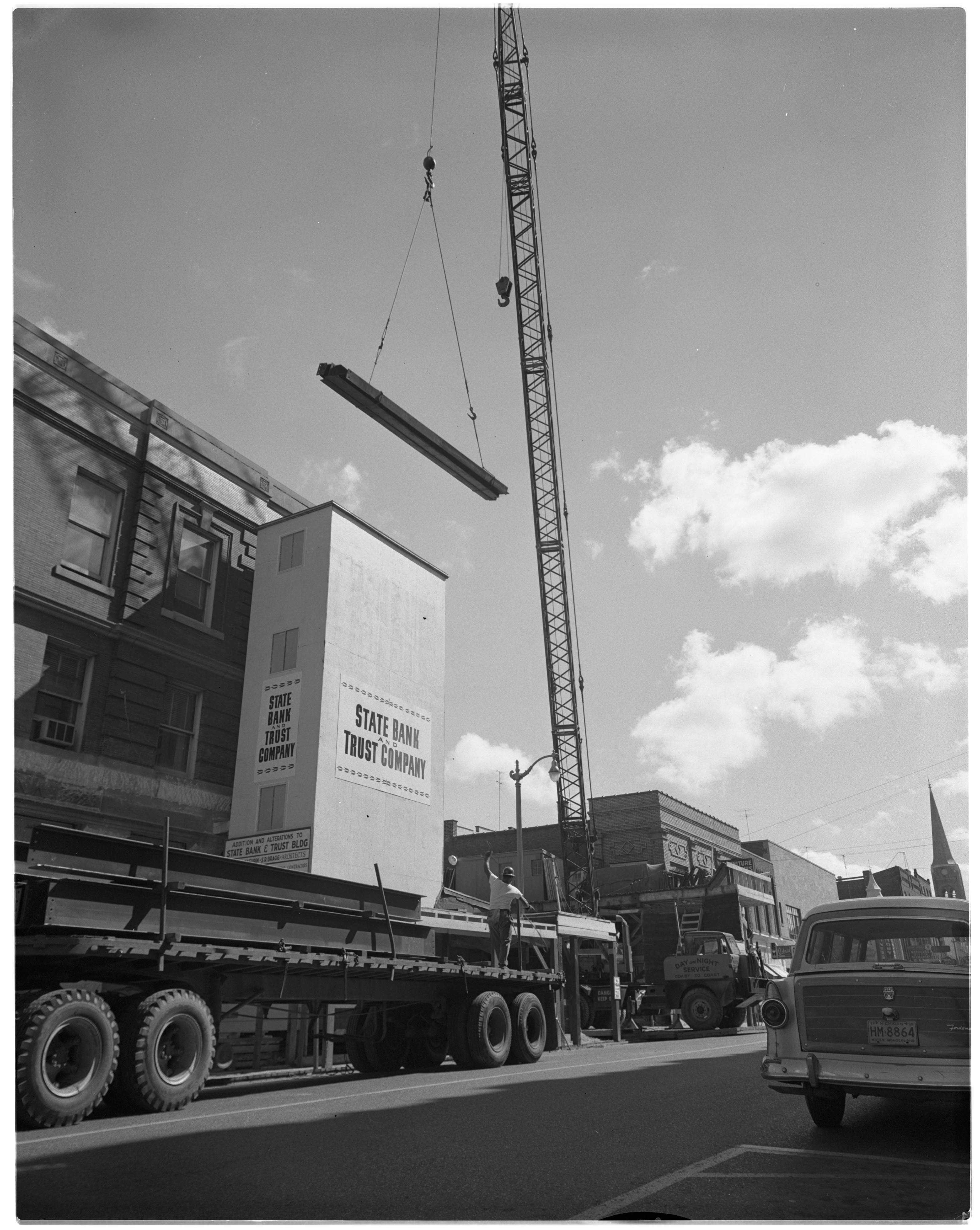 Construction Crane for Addition to State Bank and Trust Company, August 1958 image