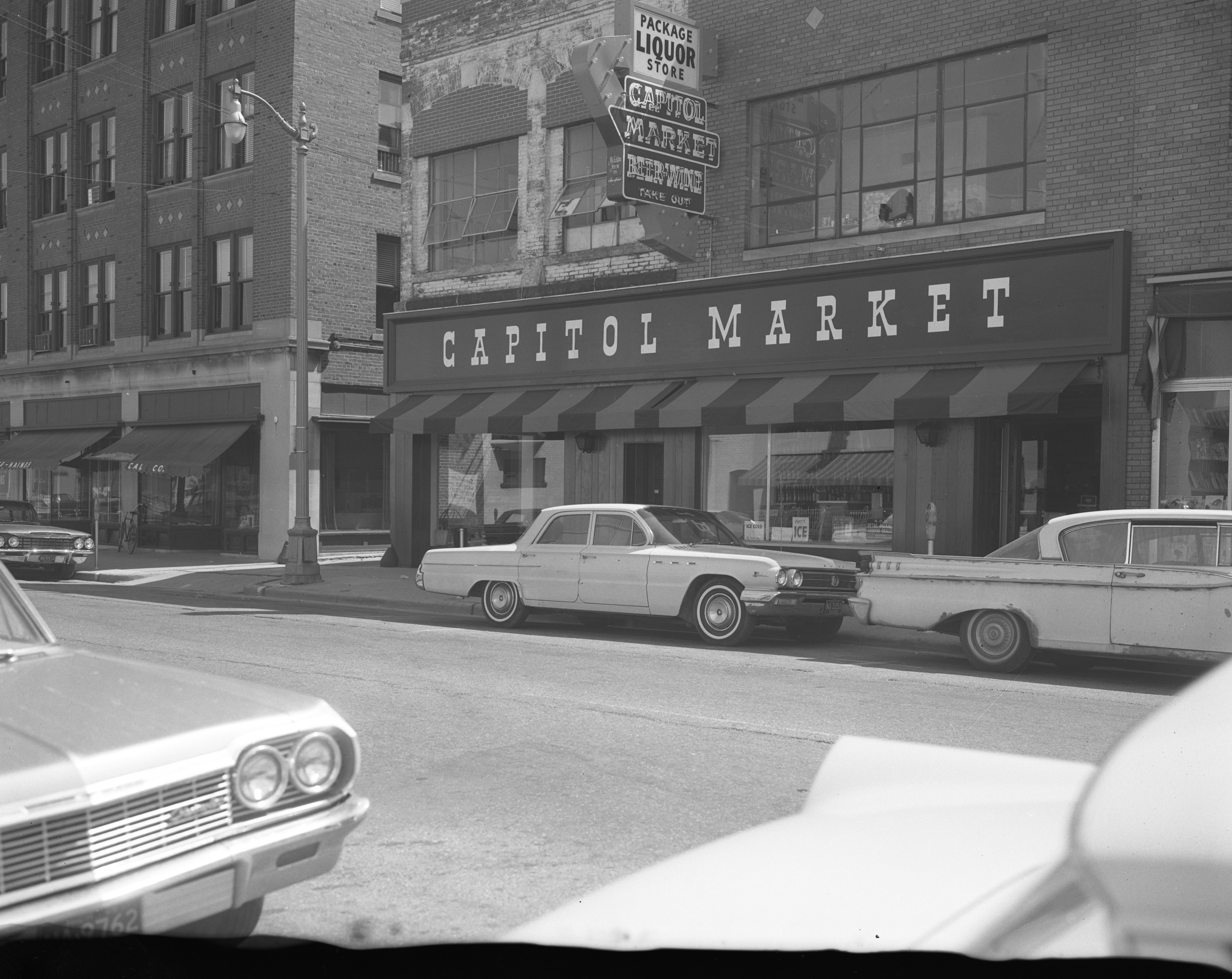The new Capitol Market, 211 S. Fouth Ave, June 1965 image