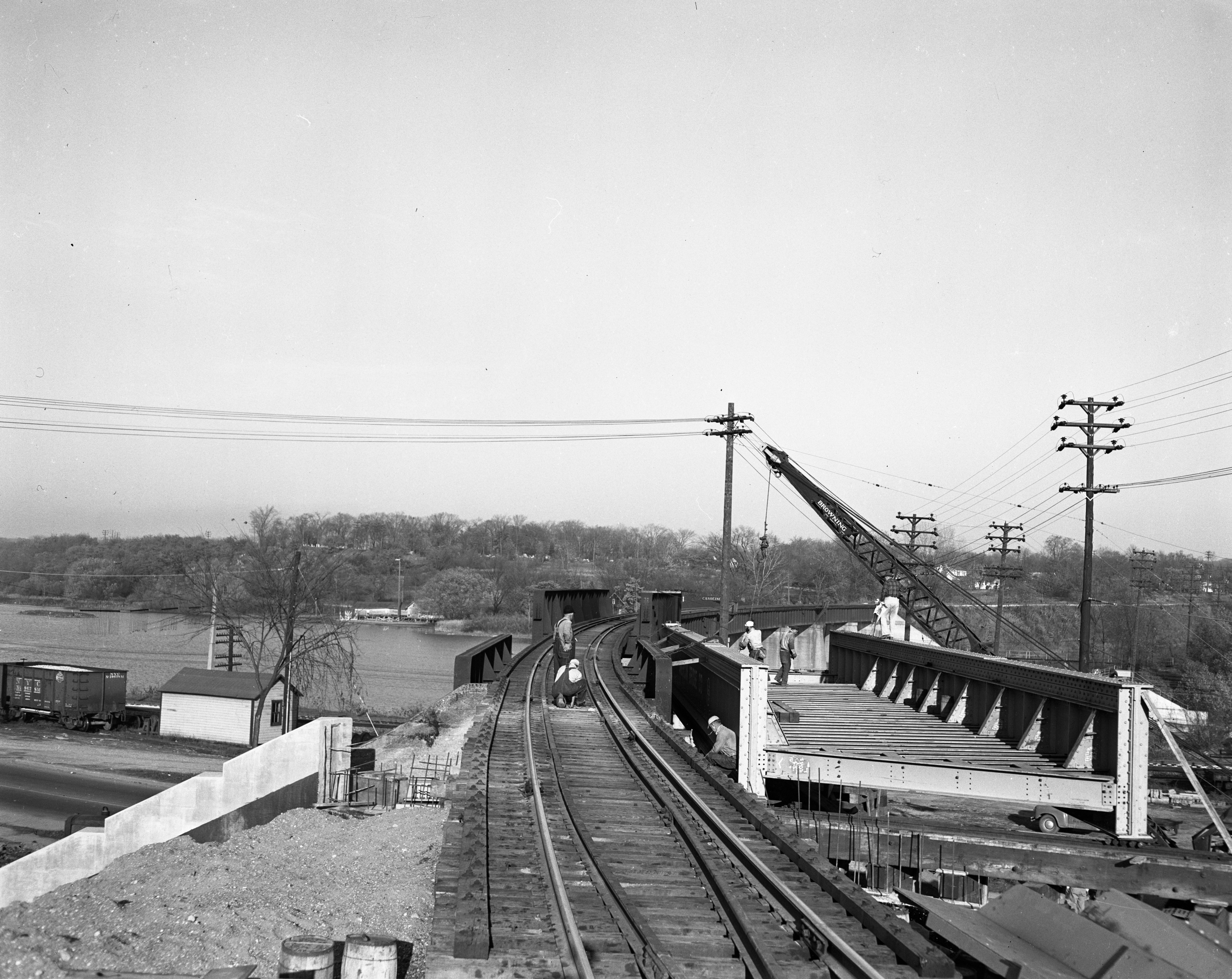 New bridge section of Ann Arbor Railroad on North Main Street, November 1950 image