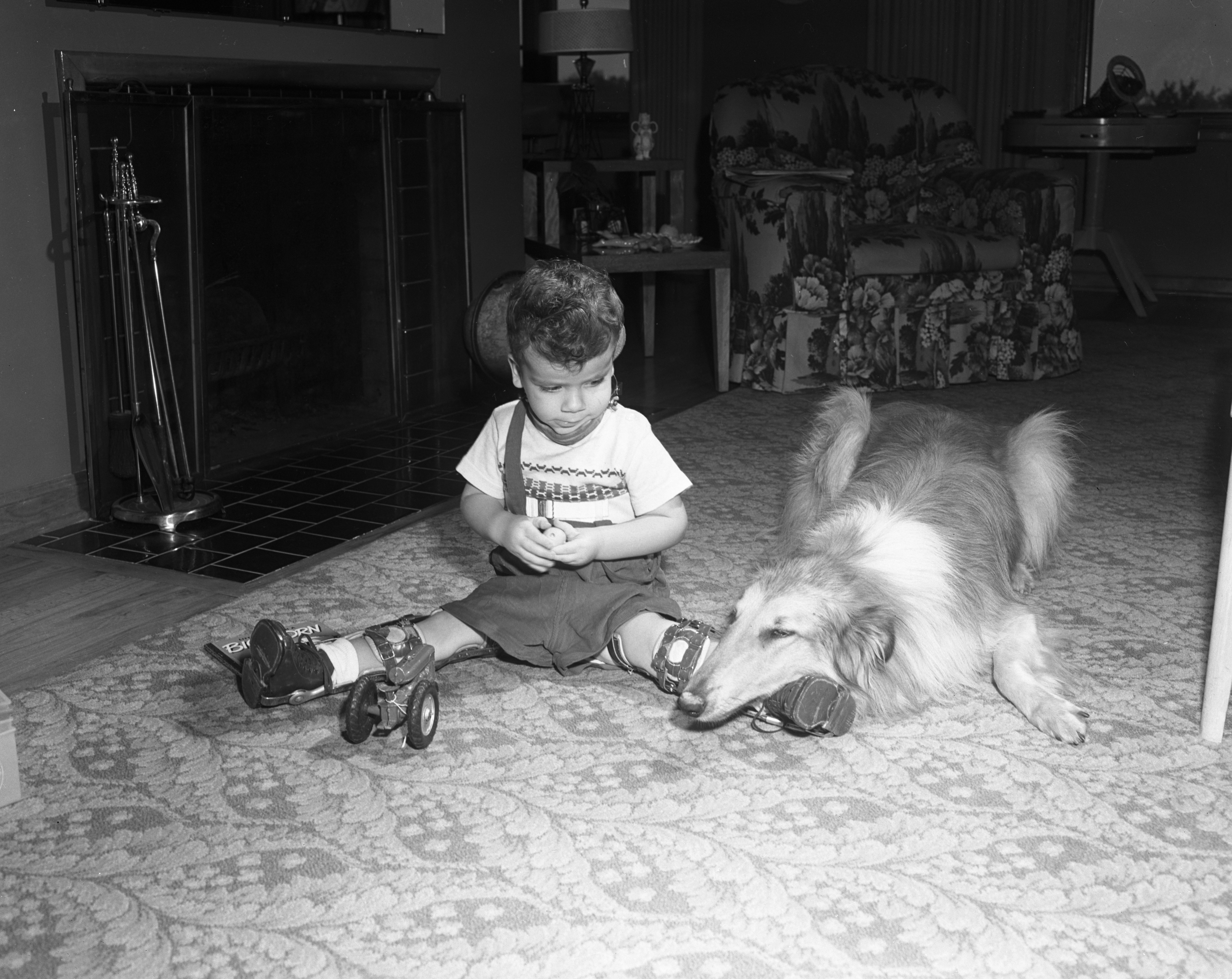 Bobby Snyder with his new friend, September 1954 image