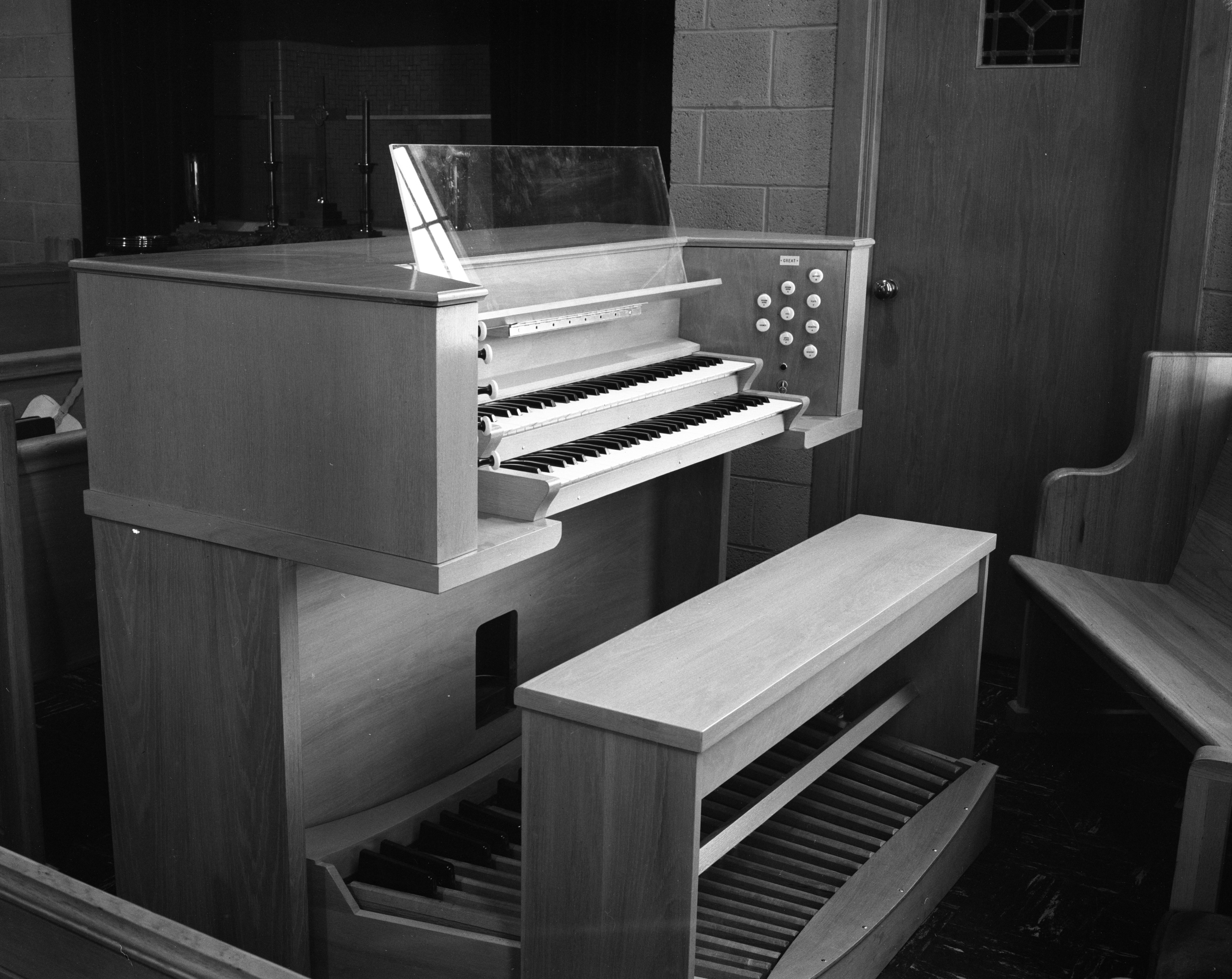 Fouser Pipe Organ Installed at Second Baptist Church, July 1962 image