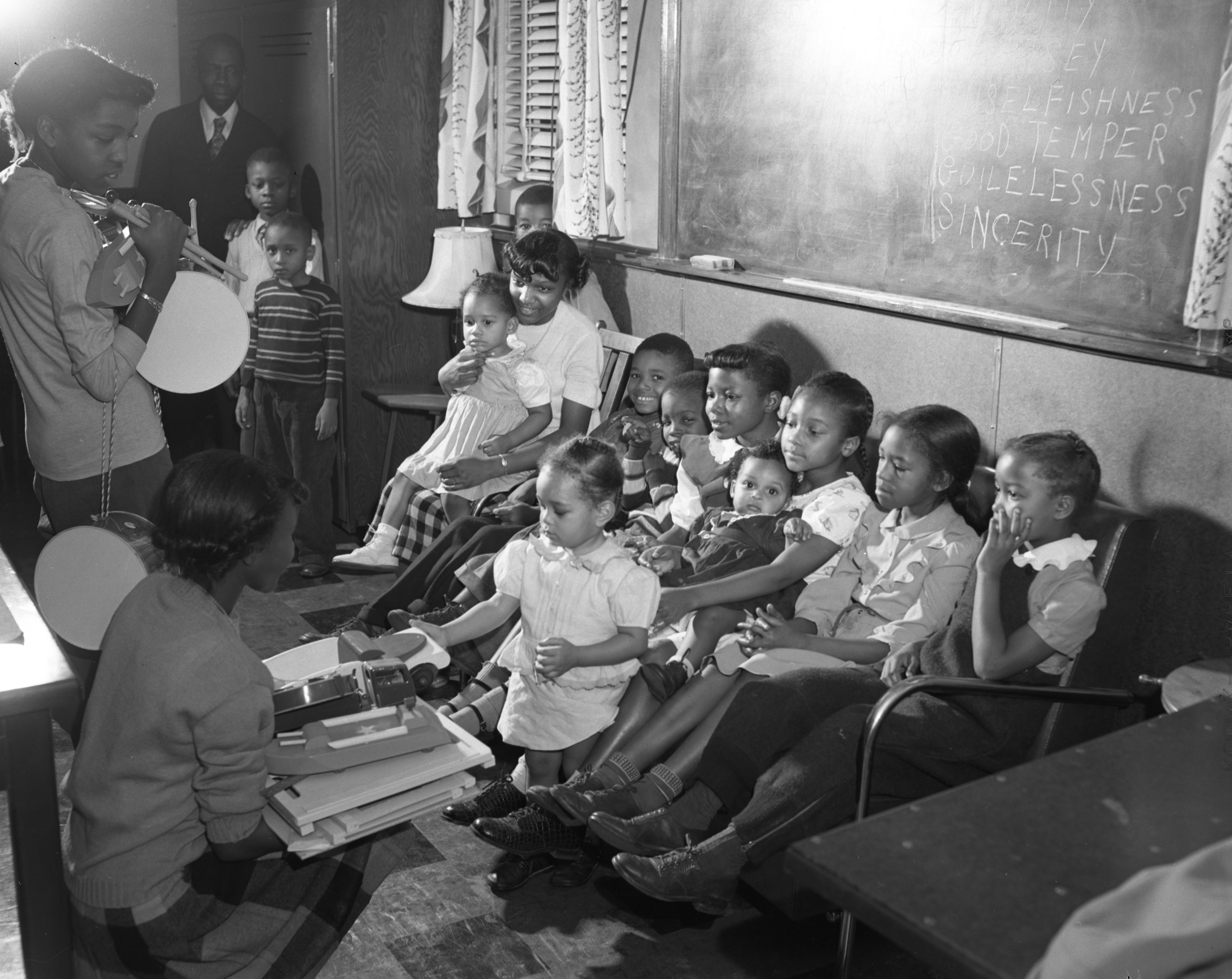 Children's Christmas Party at Second Baptist Church, December 1948 image
