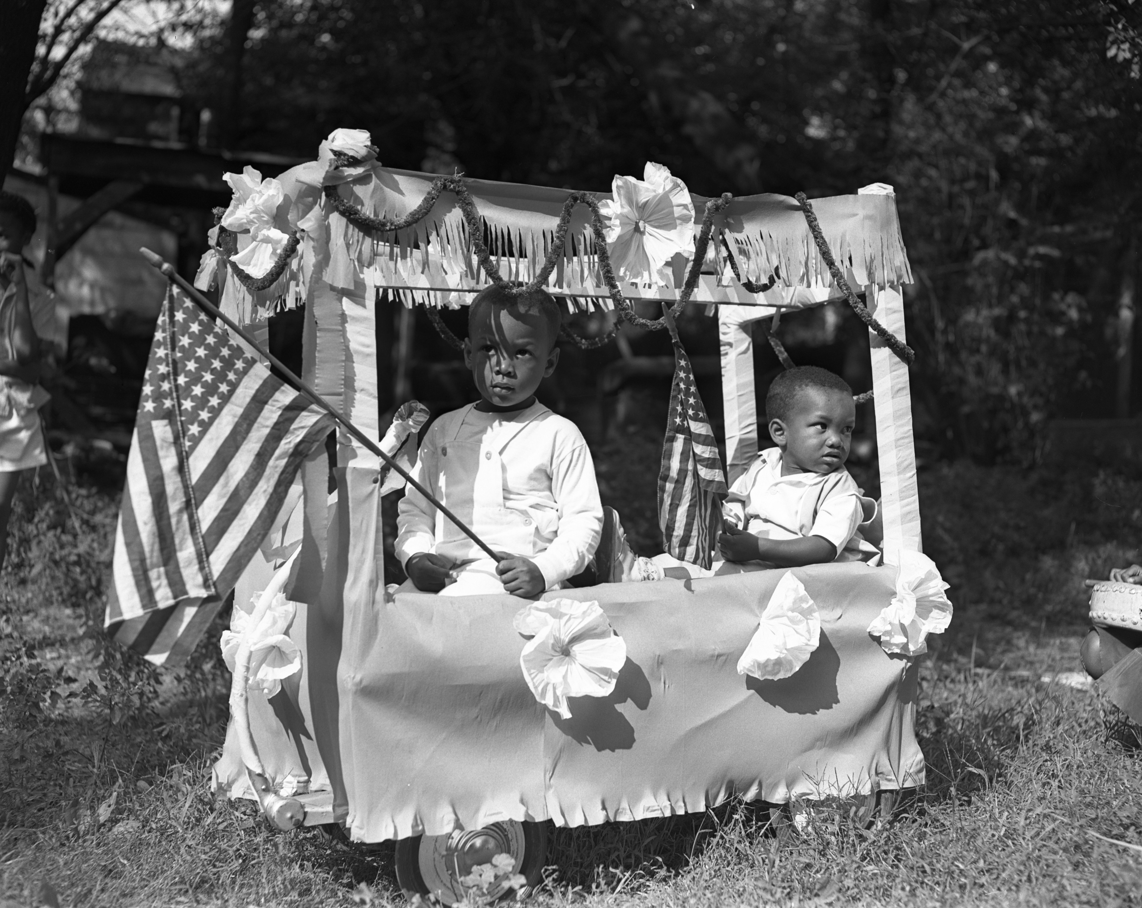 Eldridge & Zonnechris Askew In The Bethel A.M.E. Nursery School Parade, August 1949 image