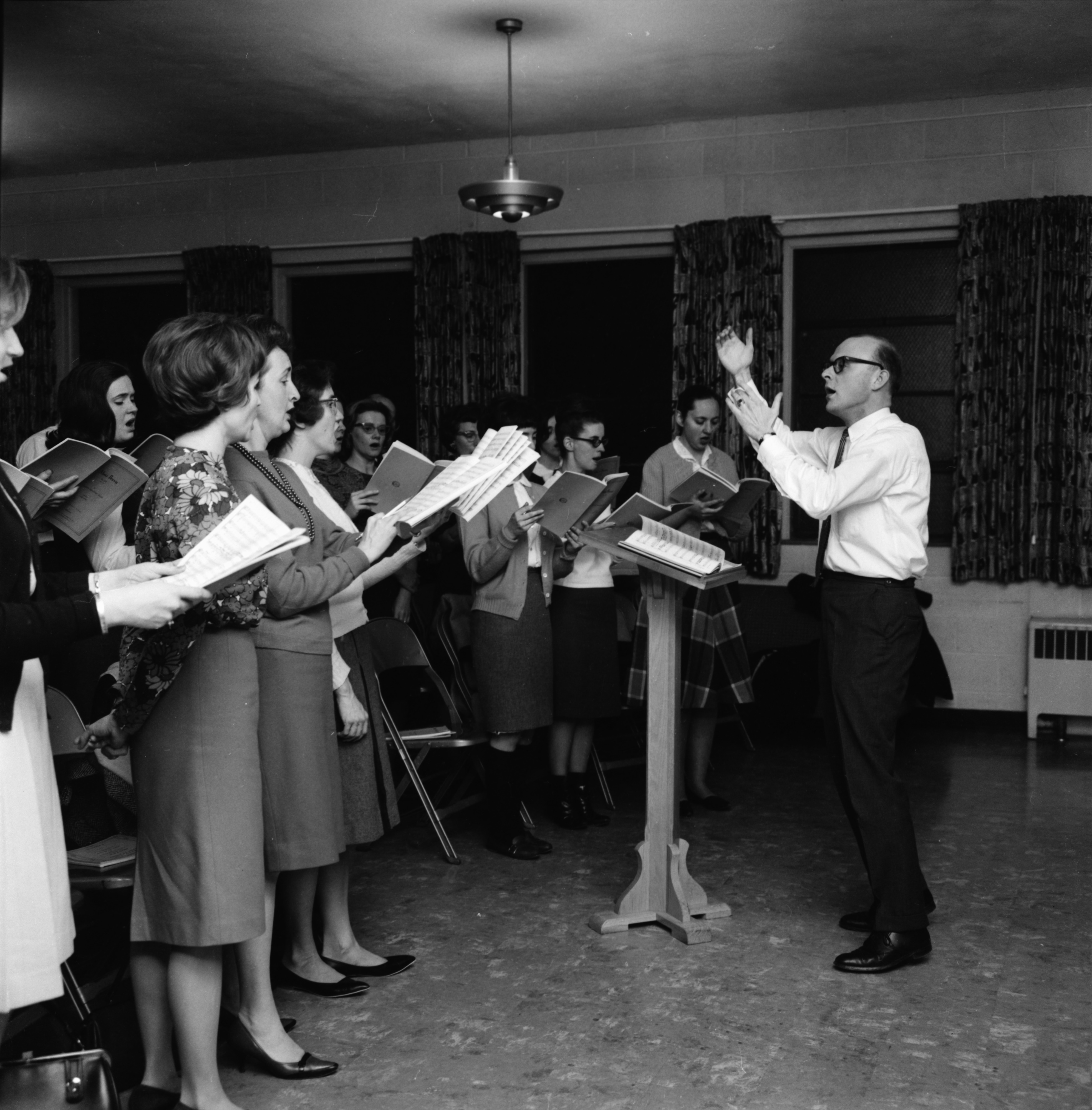 Baptist Church Cantata Singers, March 1965 image