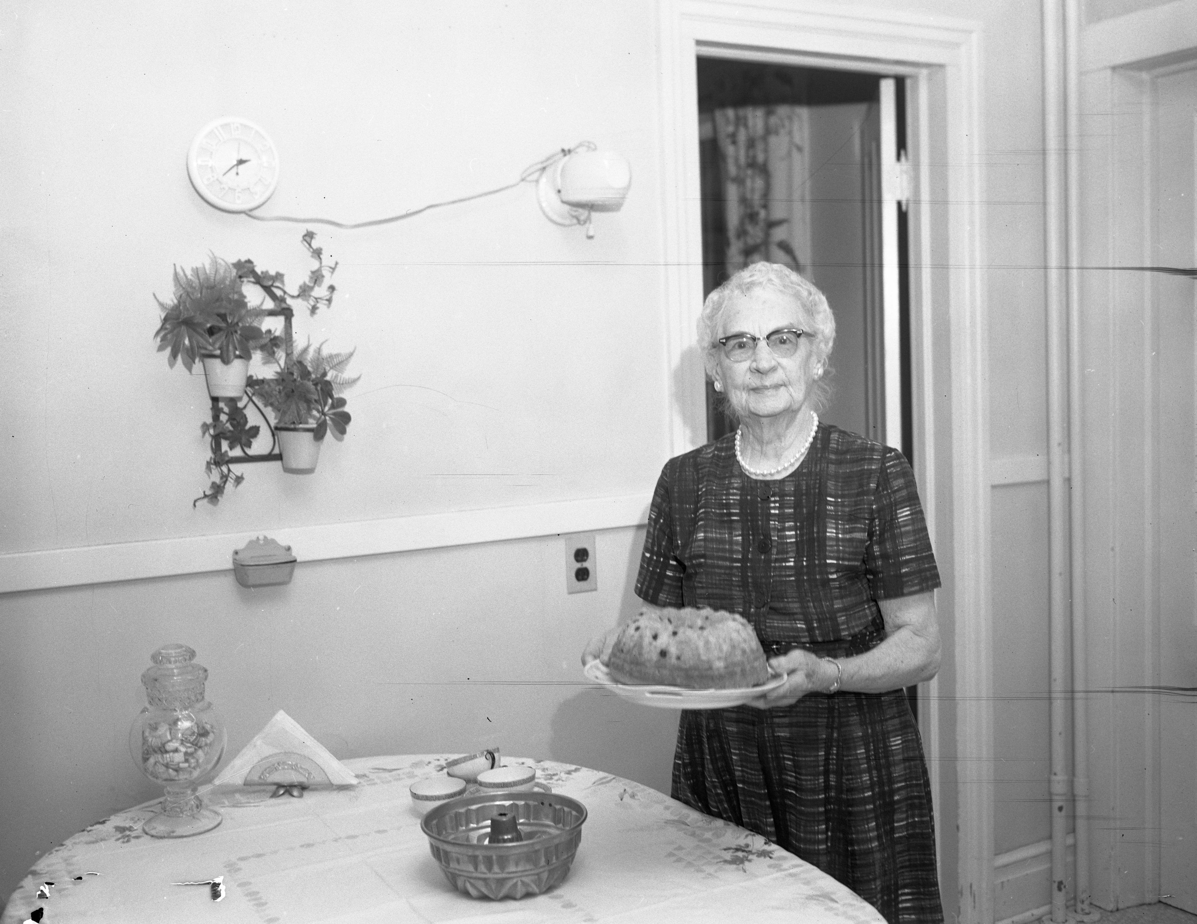 Image from Julia Allmendinger Murray Makes German Coffee Cake, January 1964