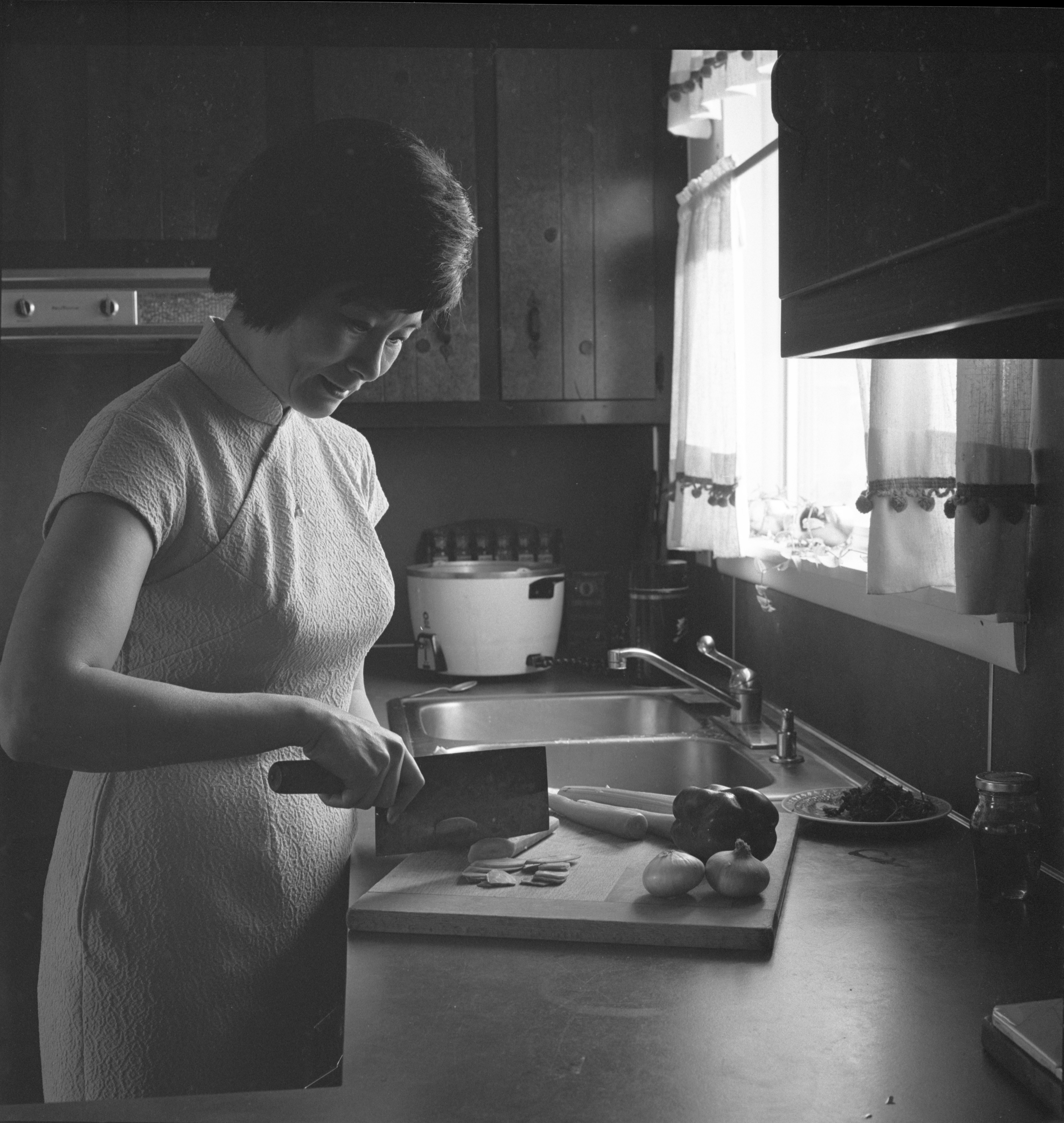 Christine Liu Demonstrates Chinese Cooking, June 1970 image
