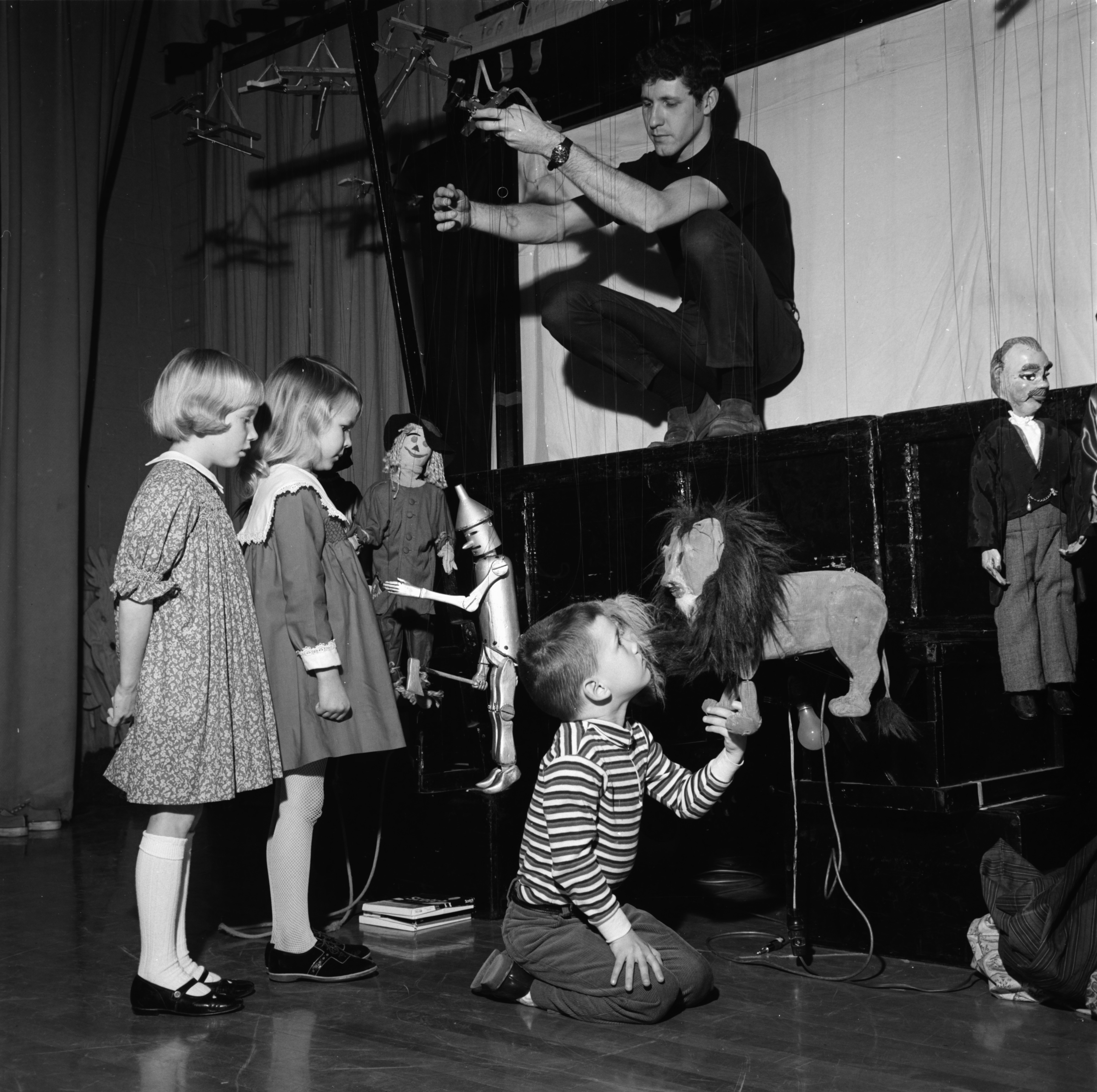 "The Meredith Marionettes' prepare for ""The Wizard of Oz,"" February 1968 image"