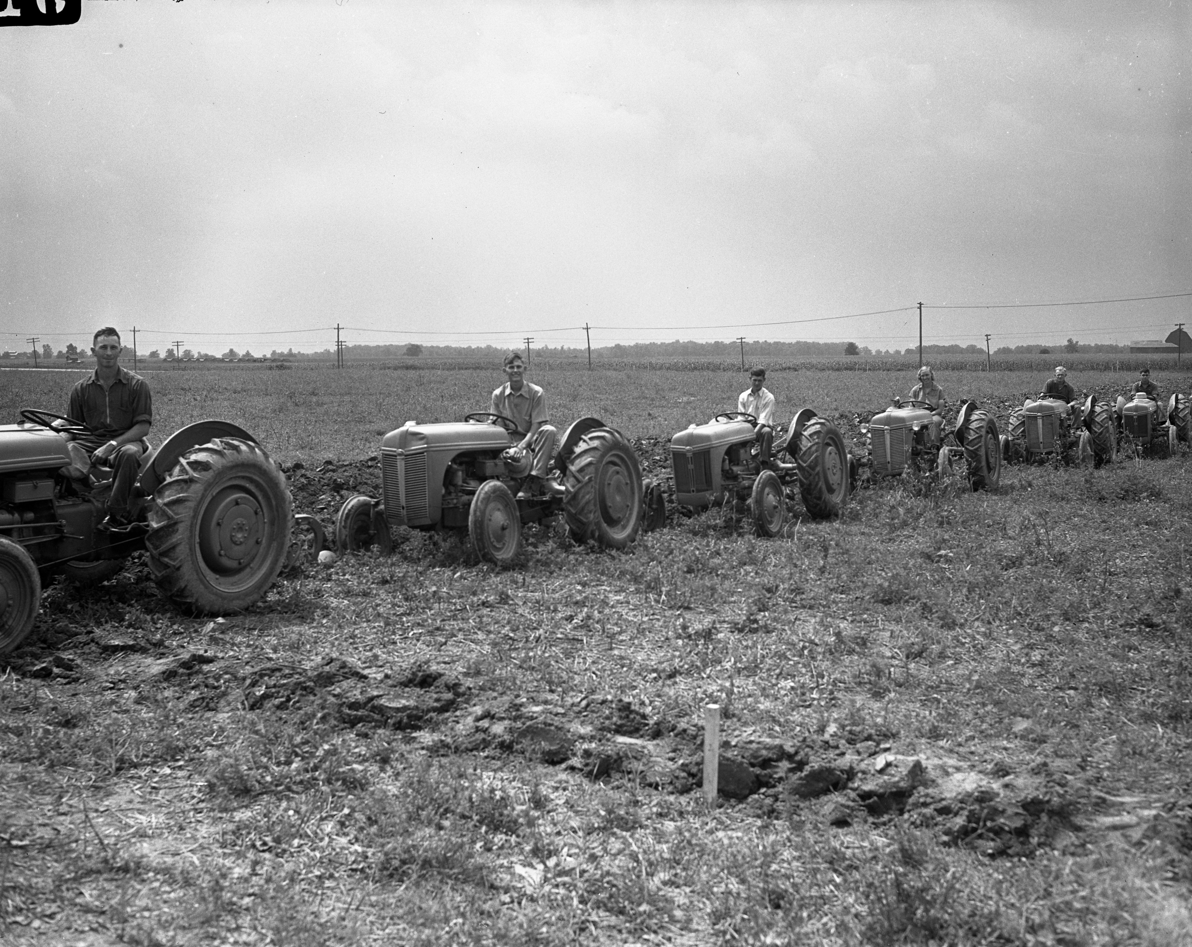 Tractor competition, July 1942 image