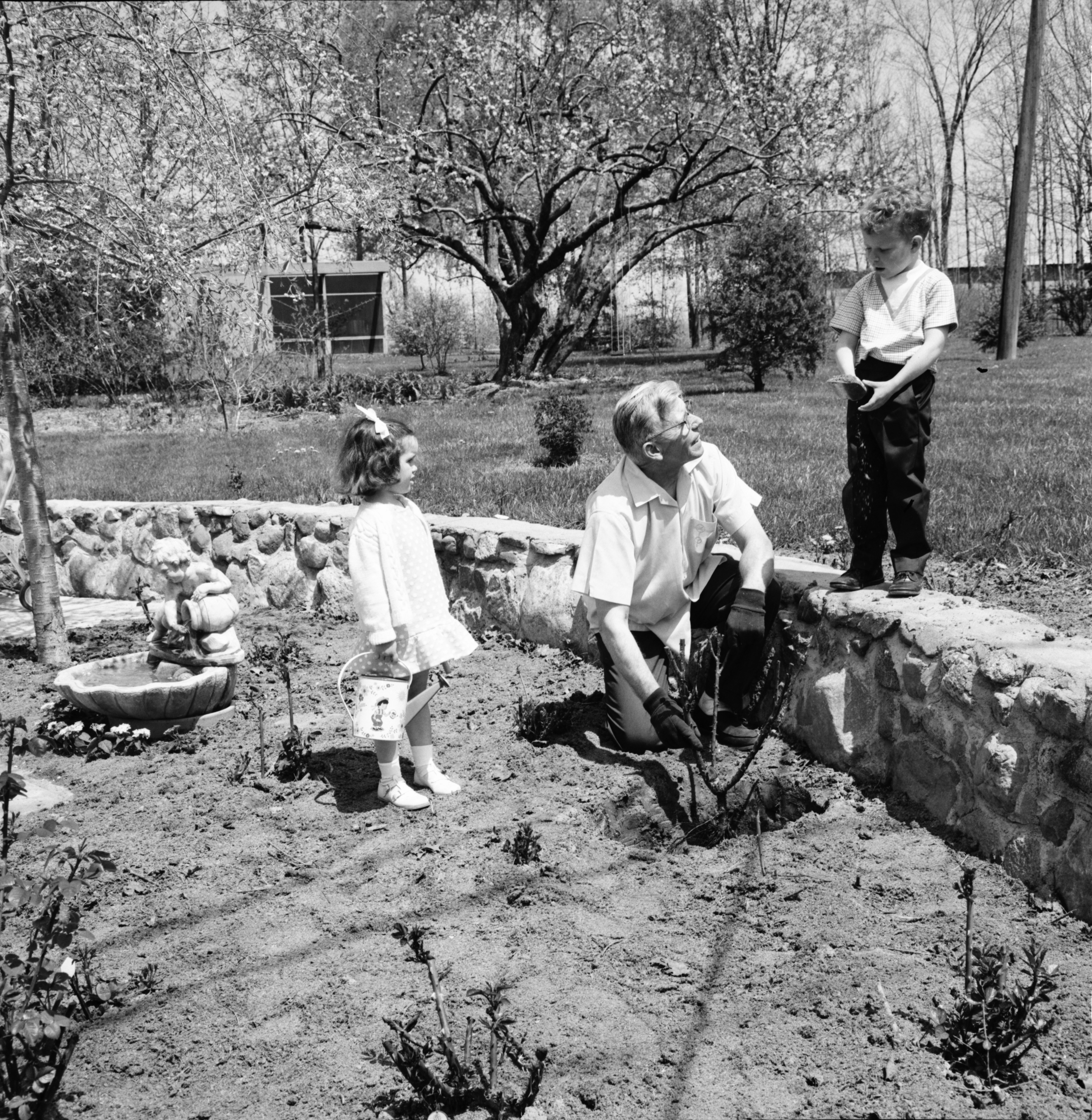 Nathan O. Fairchild Gives Children Planting Pointers, May 1967 image