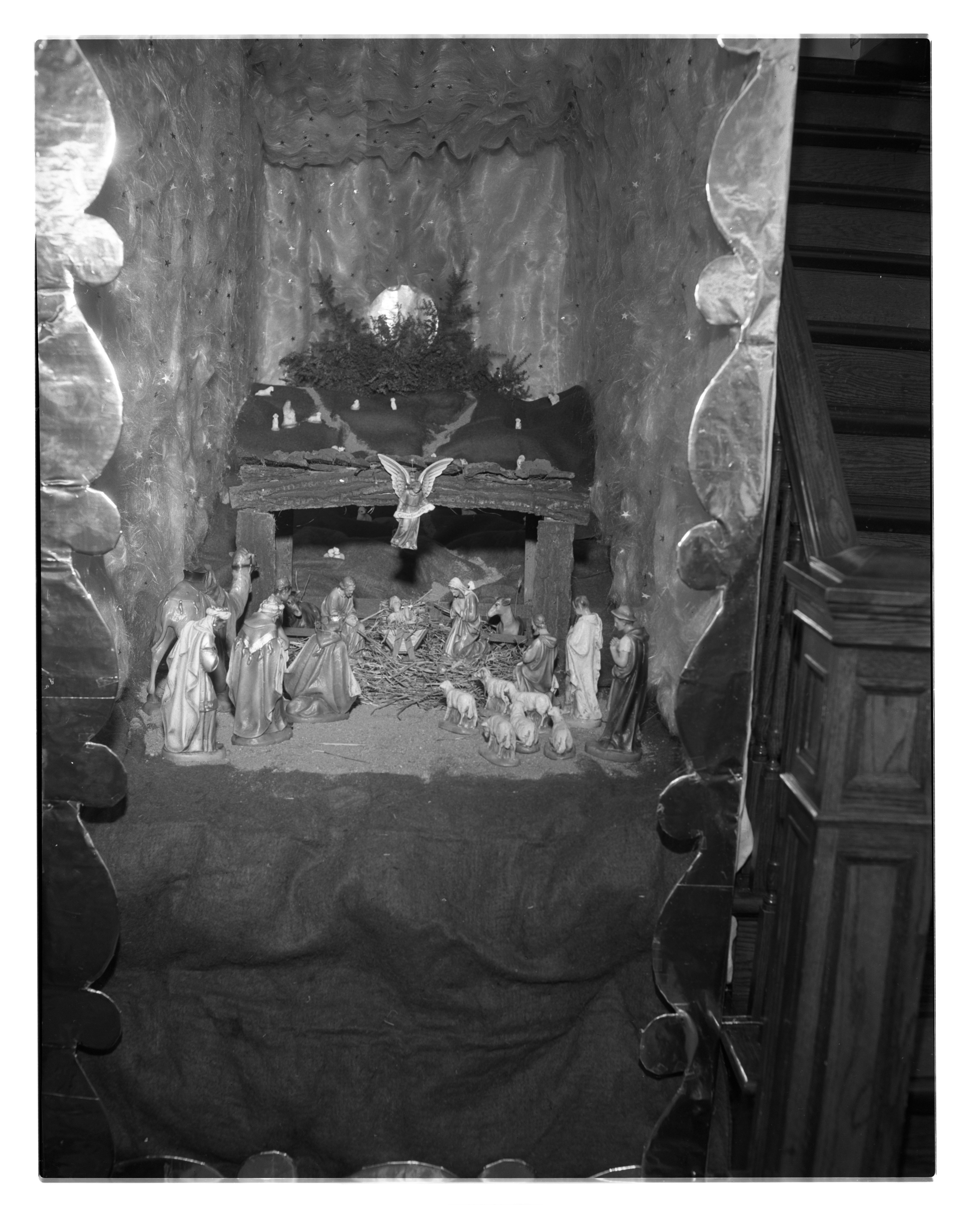 Mr. and Mrs. Fred Hazekamp's Christmas Tableau, December 1948 image