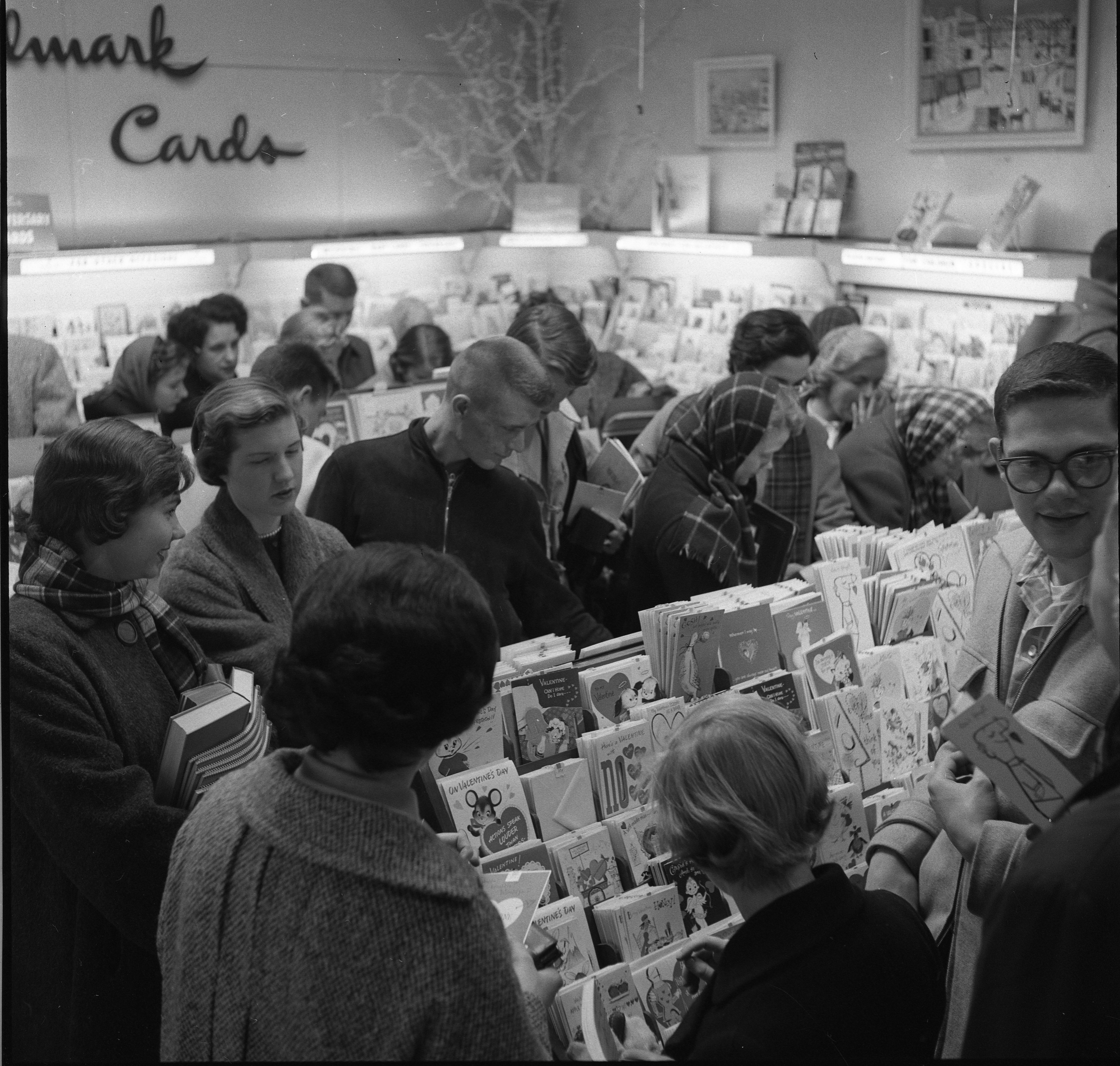Valentine's Day Shoppers At Chester Roberts Gift Shop, February 1957 image