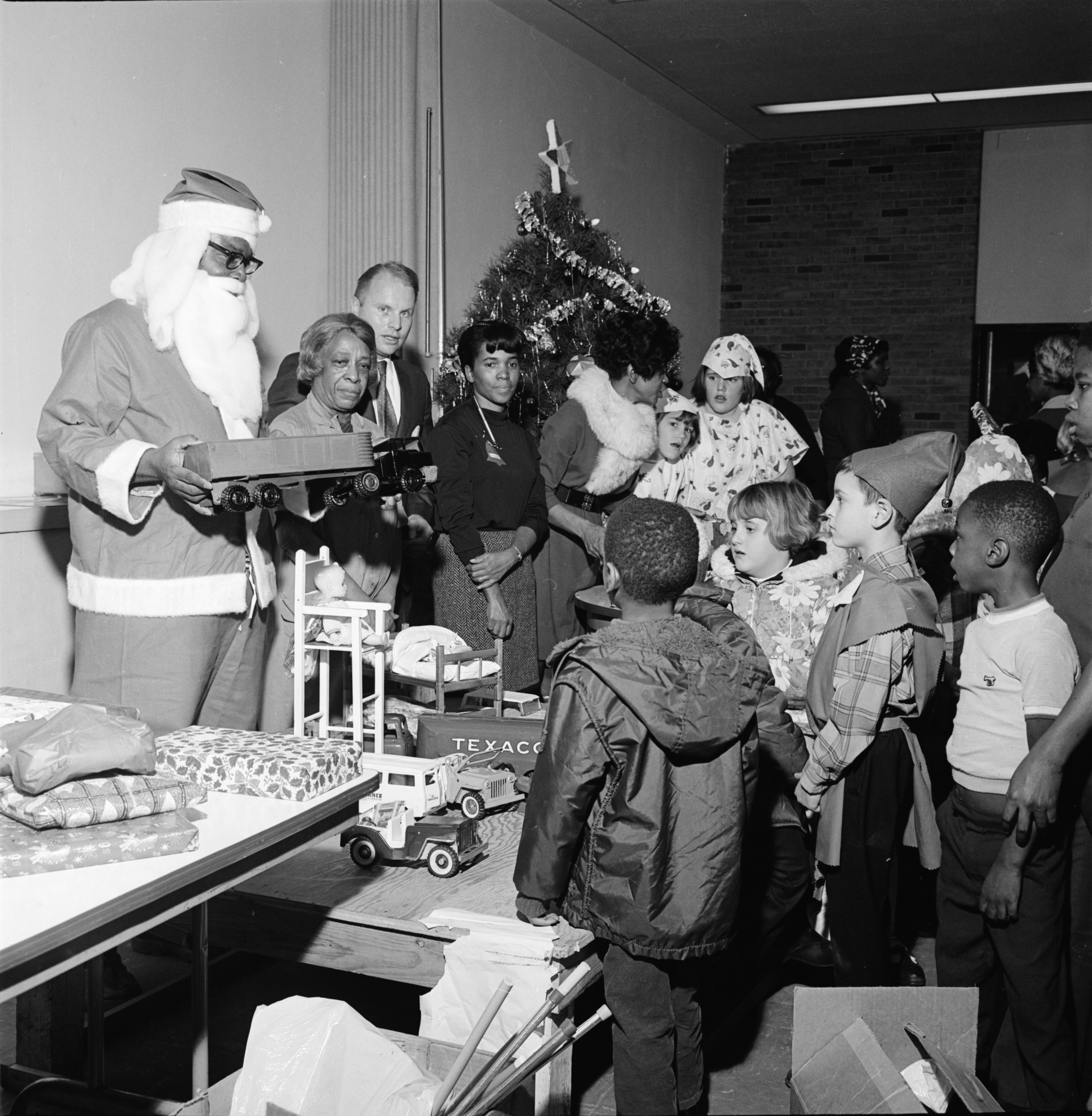 Bethel Toy Club Hosts Christmas Party at the Ann Arbor Community Center, December 1969 image