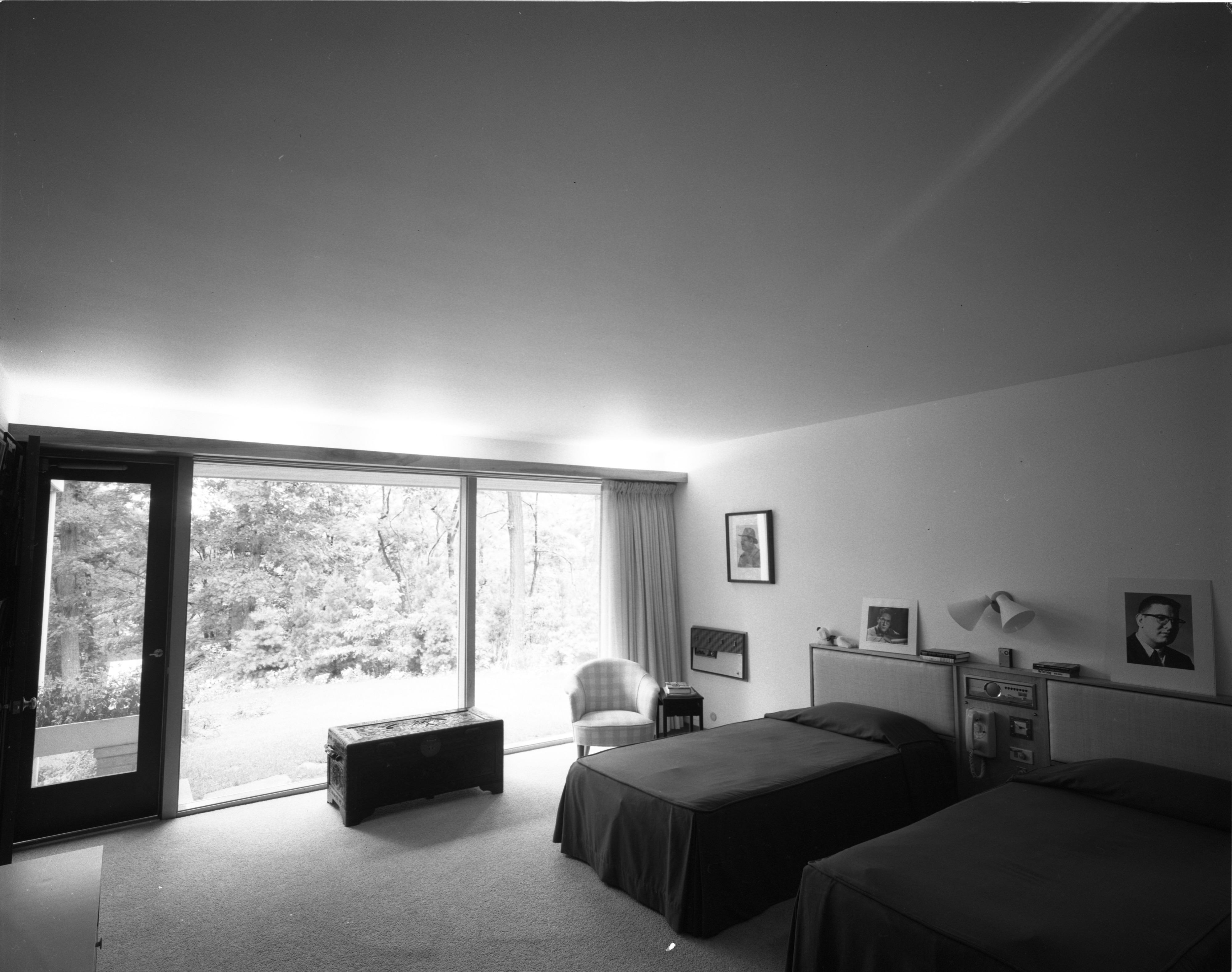 Each Bedroom Has A Unique View In The Pryor Mid Century