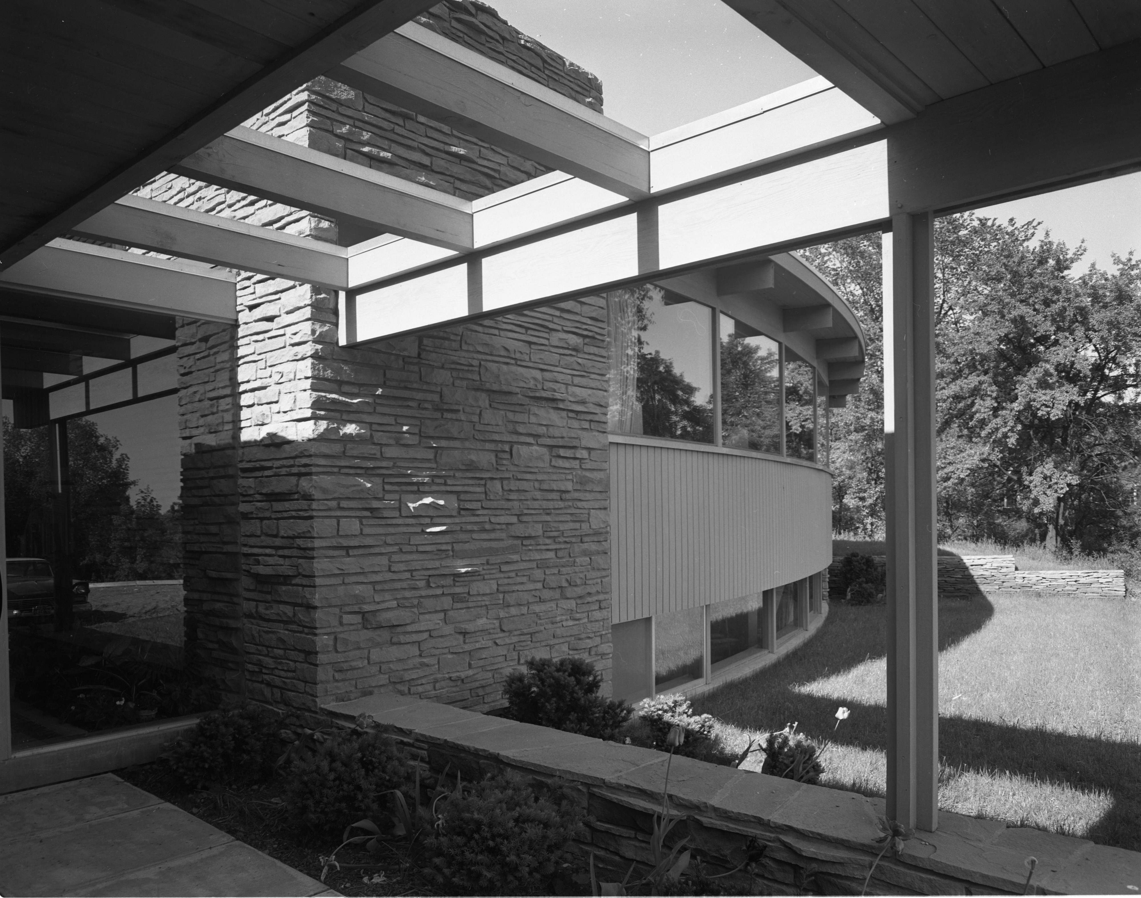 Exterior Of Hodges' Mid-Century Modern Home On Highland Lane, September 1957 image