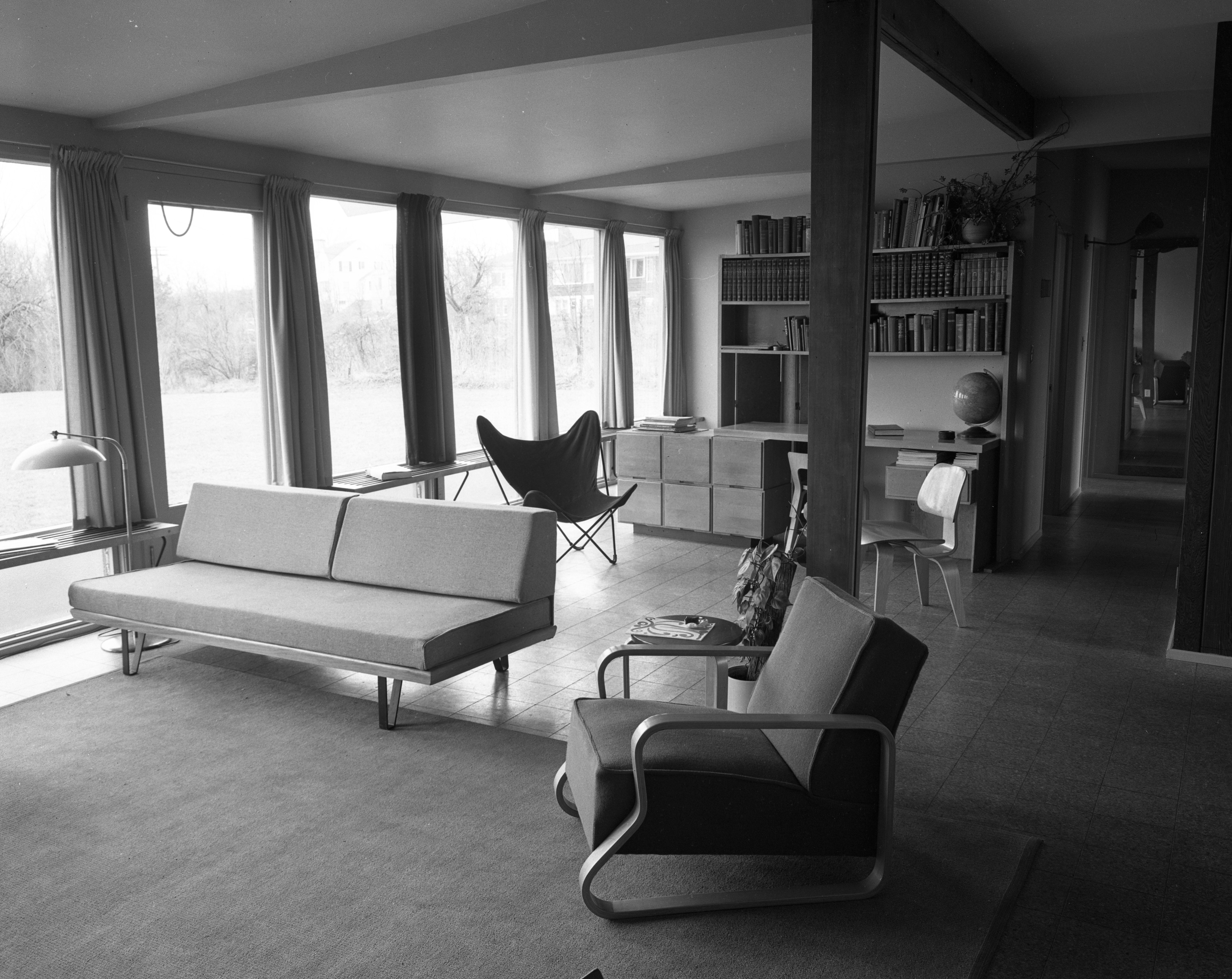 Living Room/Study at Architect Richard M. Robinson Home On Huron View Blvd., 1953 image