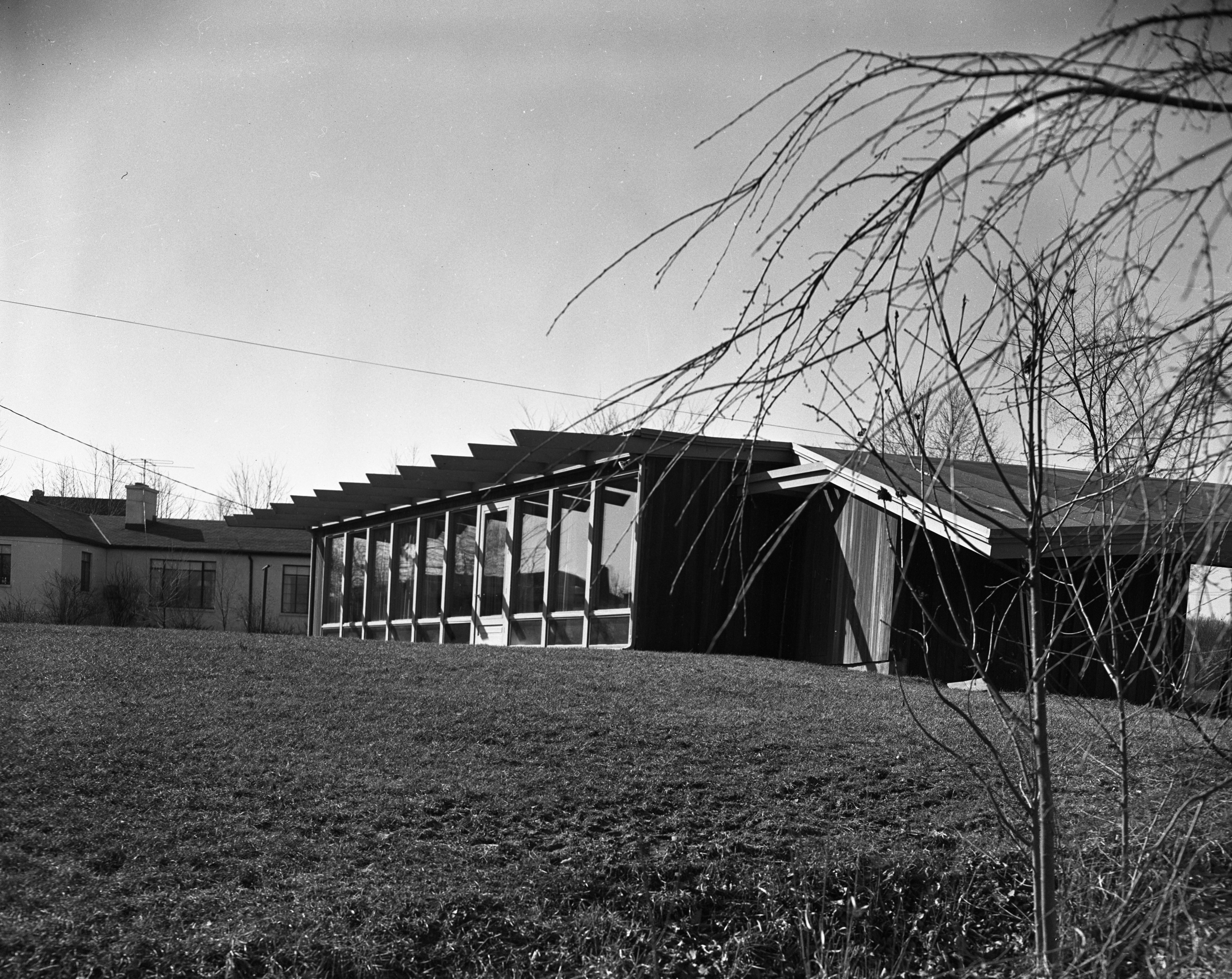 Exterior of Architect Richard M. Robinson Home On Huron View Blvd., 1953 image