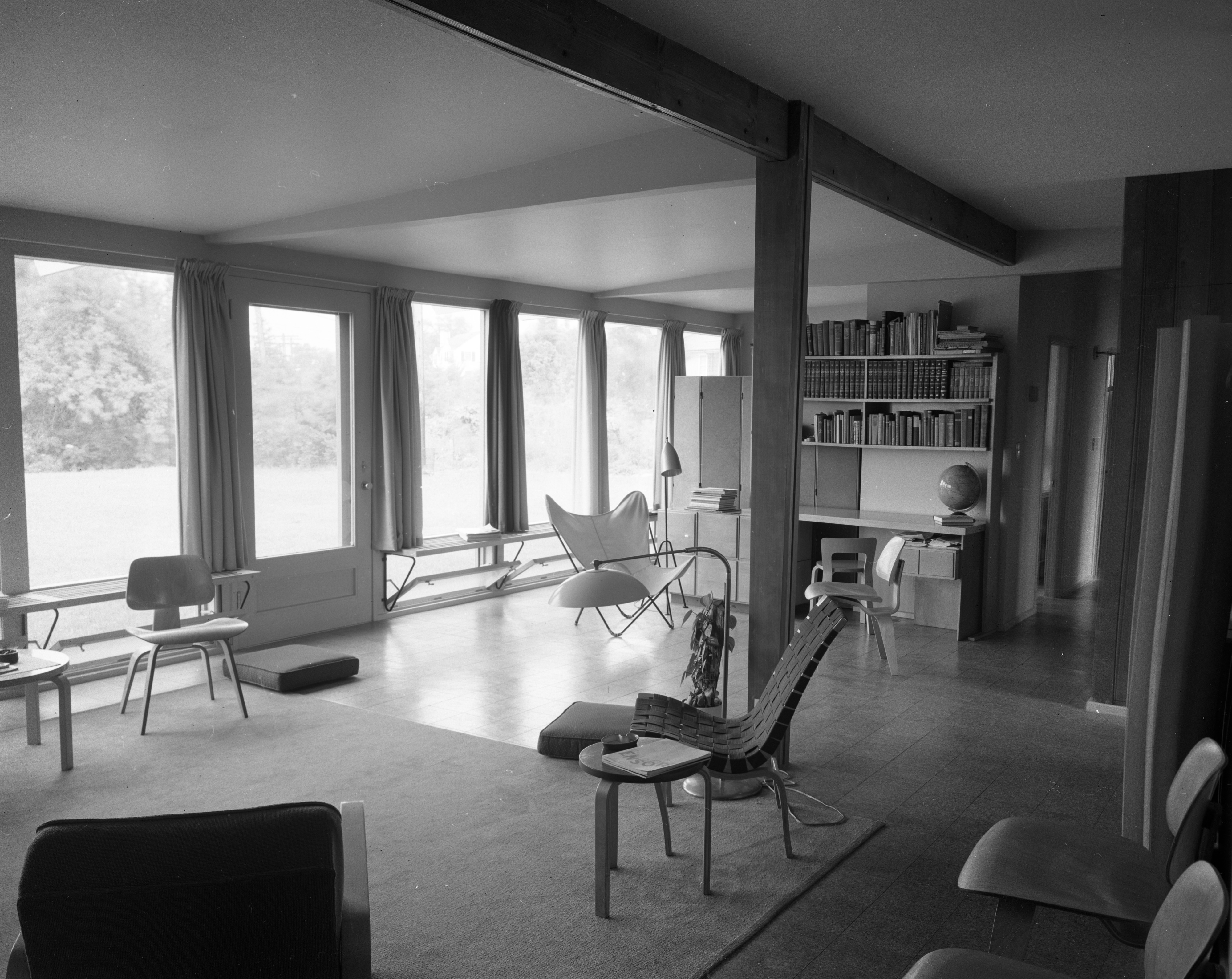 Windows Dominate Architect Richard M. Robinson Home On Huron View Blvd., July 1952 image