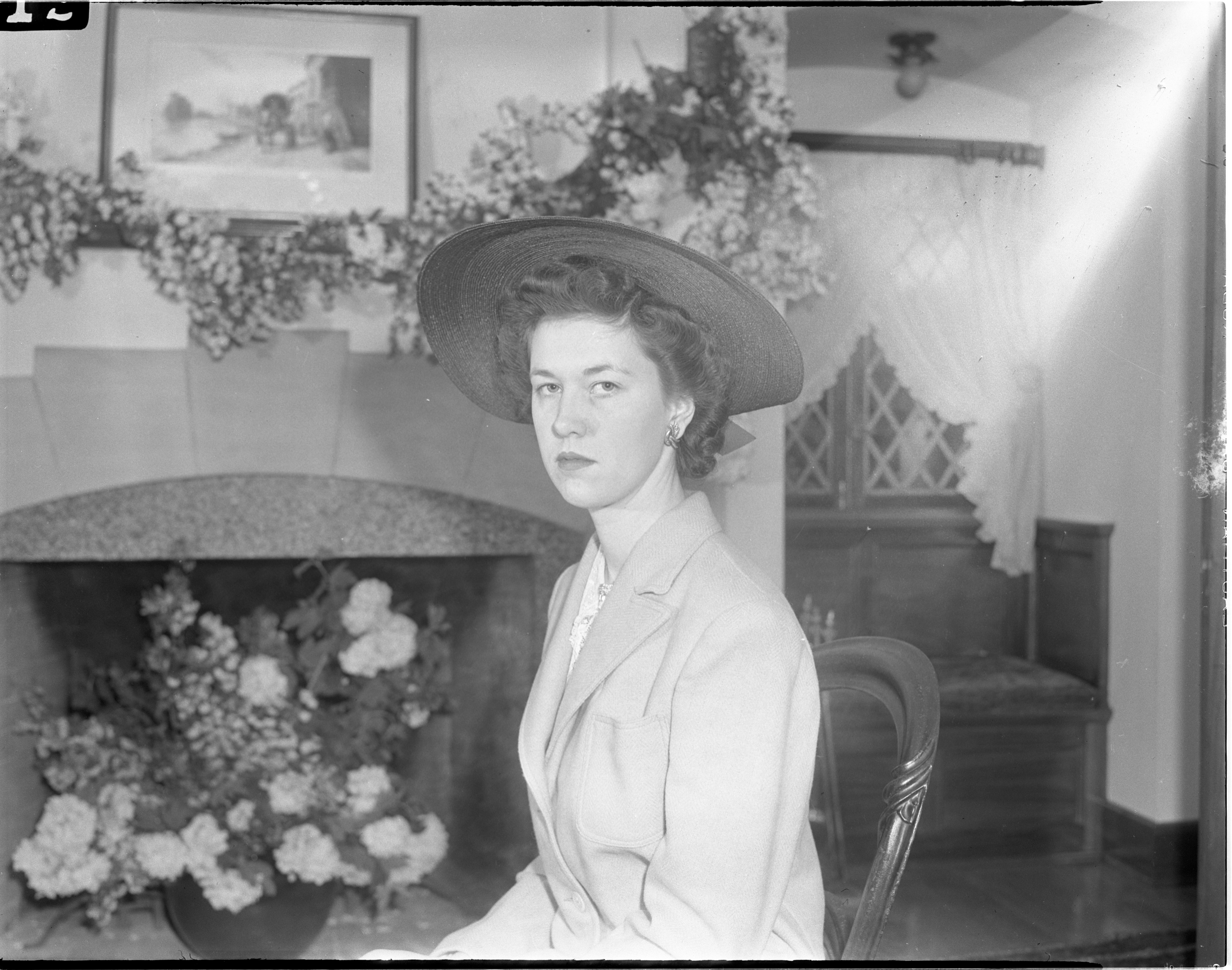 Dorothy Dale On Her Wedding Day - May 27, 1942 image