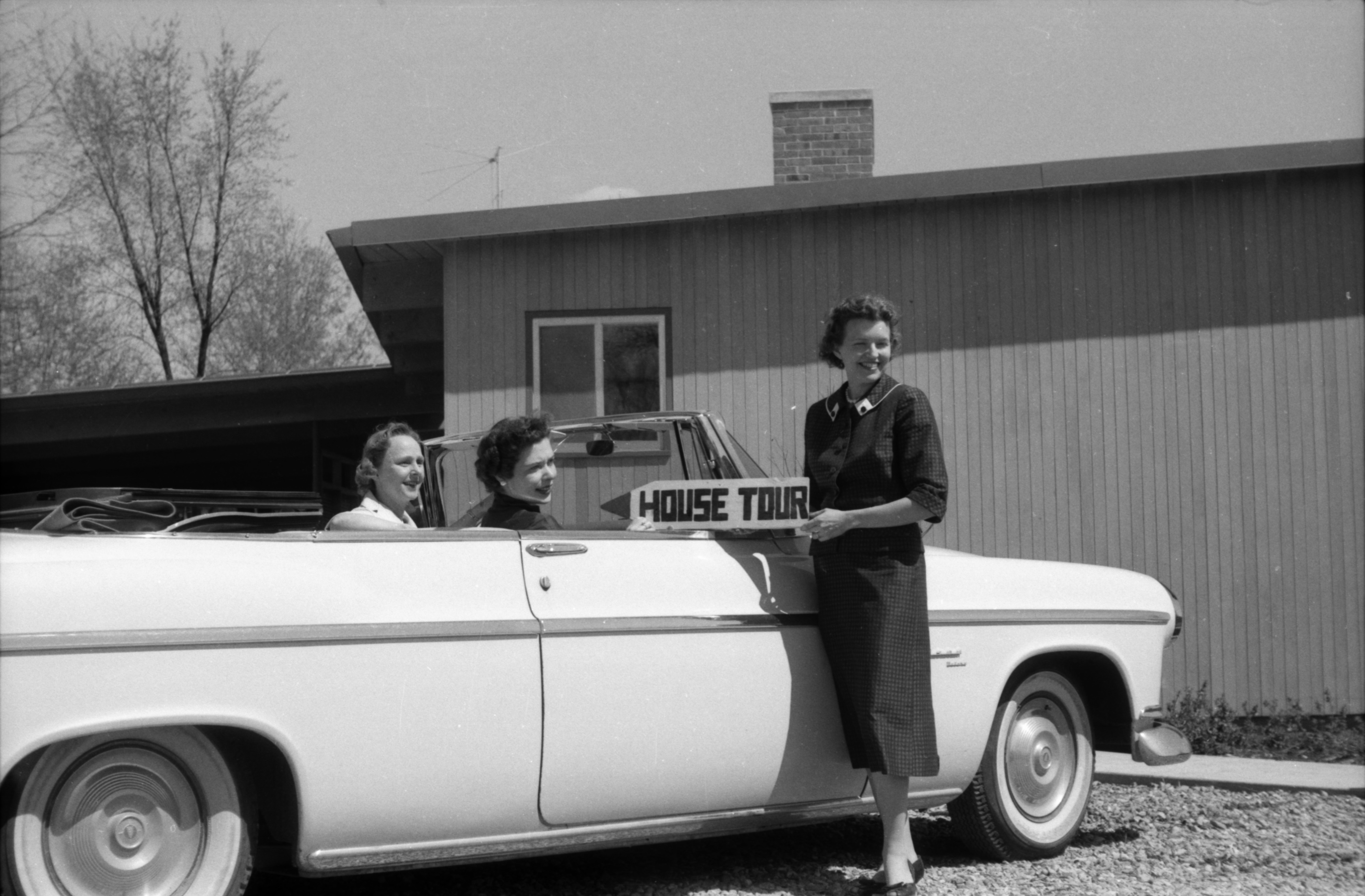 Women in Car Promoting Ann Arbor Garden Club House Tours image