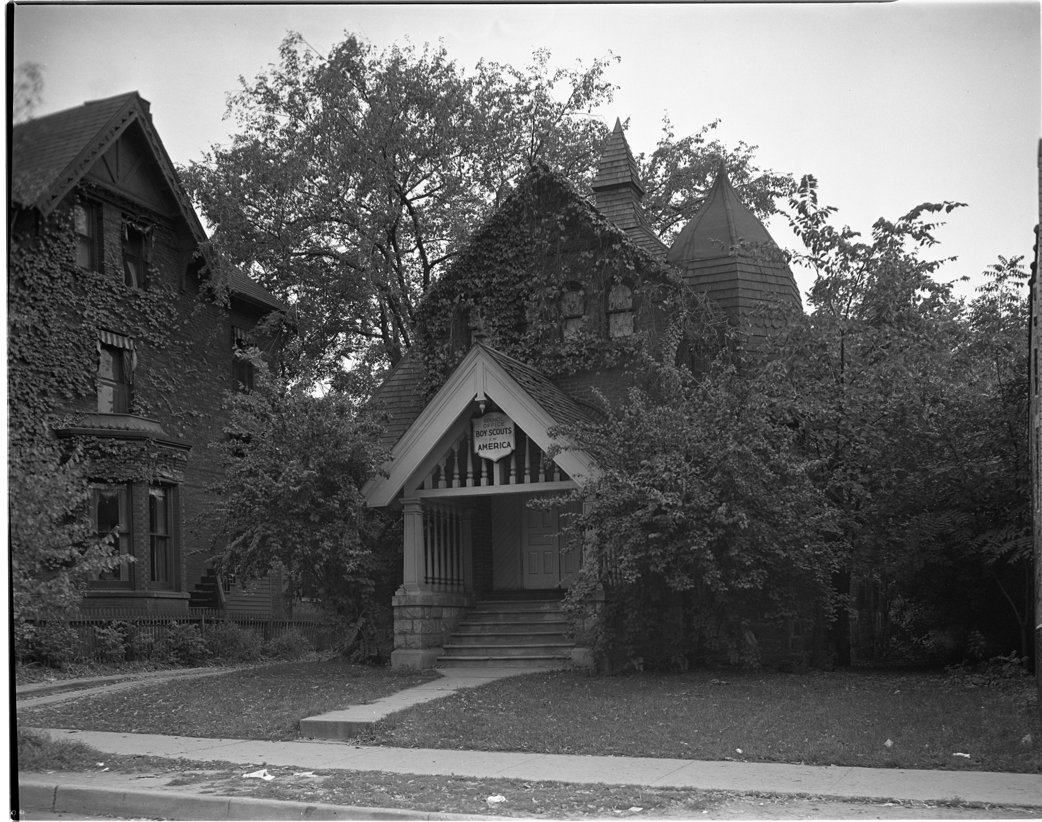 Boy Scouts Headquarters on East Huron Street in 1940, September 1973 image