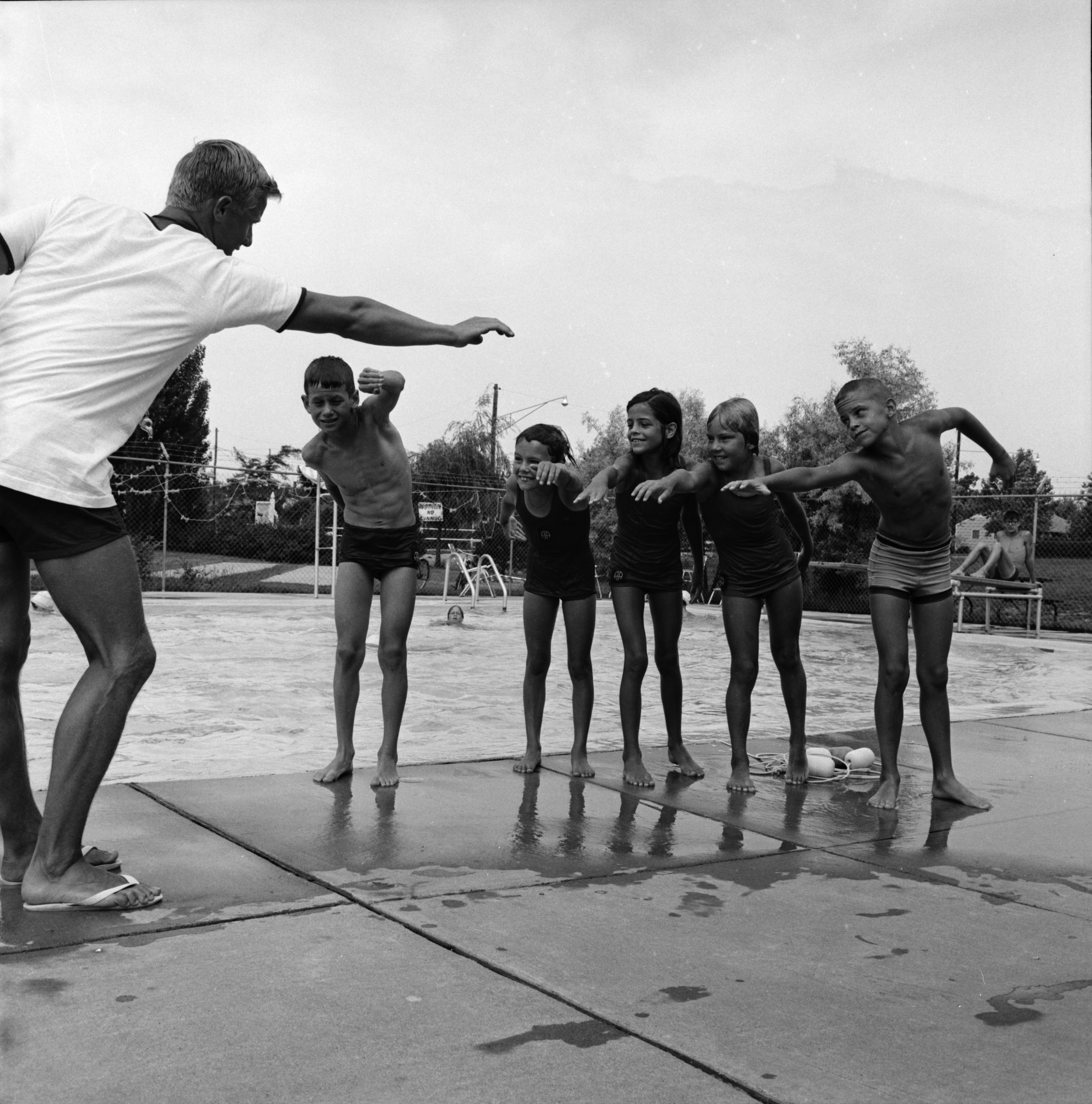 Swimming Lessons at Forestbrooke Athletic Club, June 1966 image