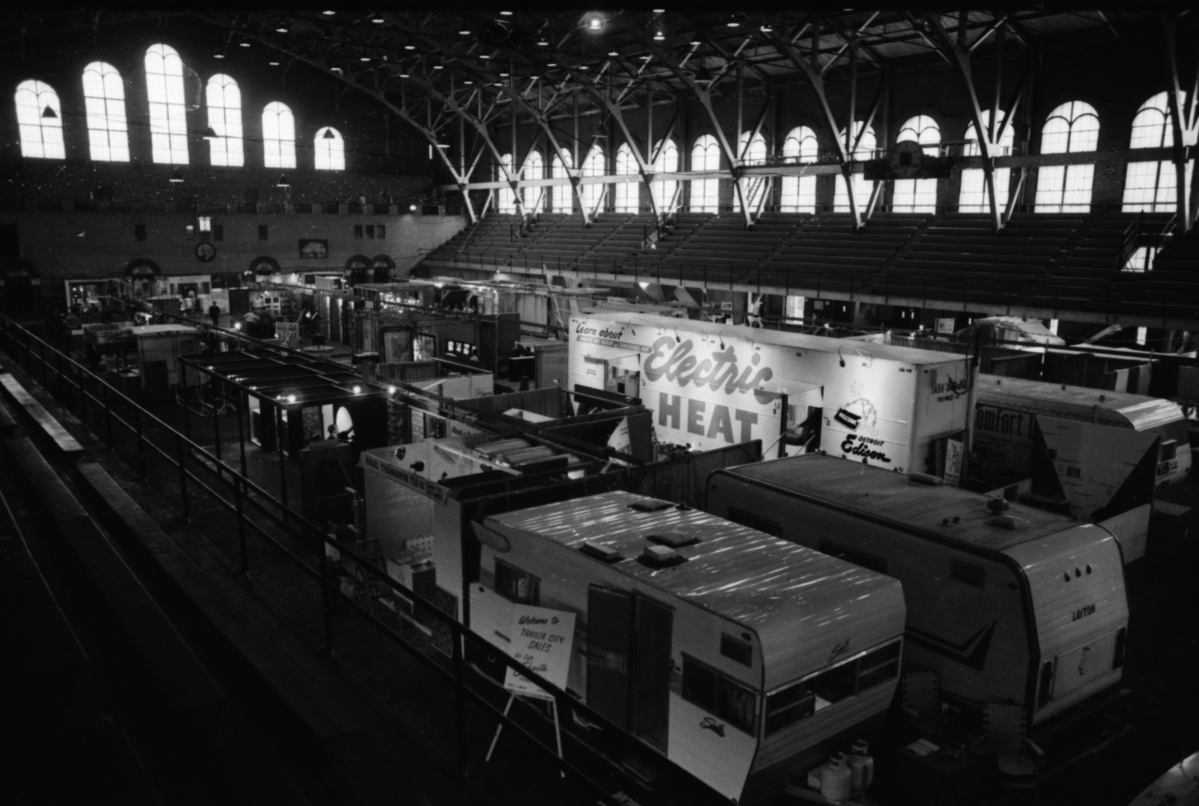 Builders Show, May 1967 image