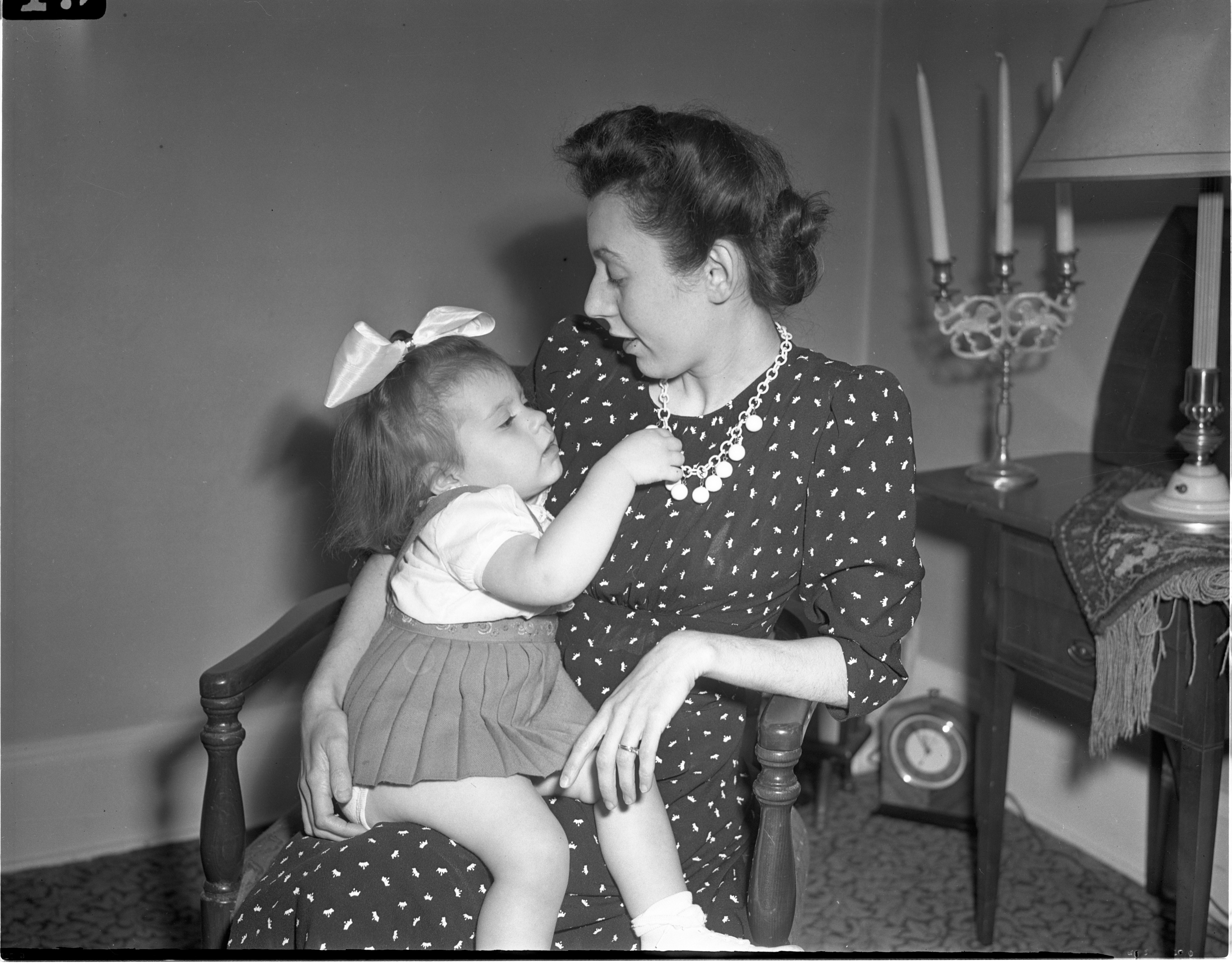 Una Chemerda, League Of Women Voters President, & Daughter Nancy, July 1942 image