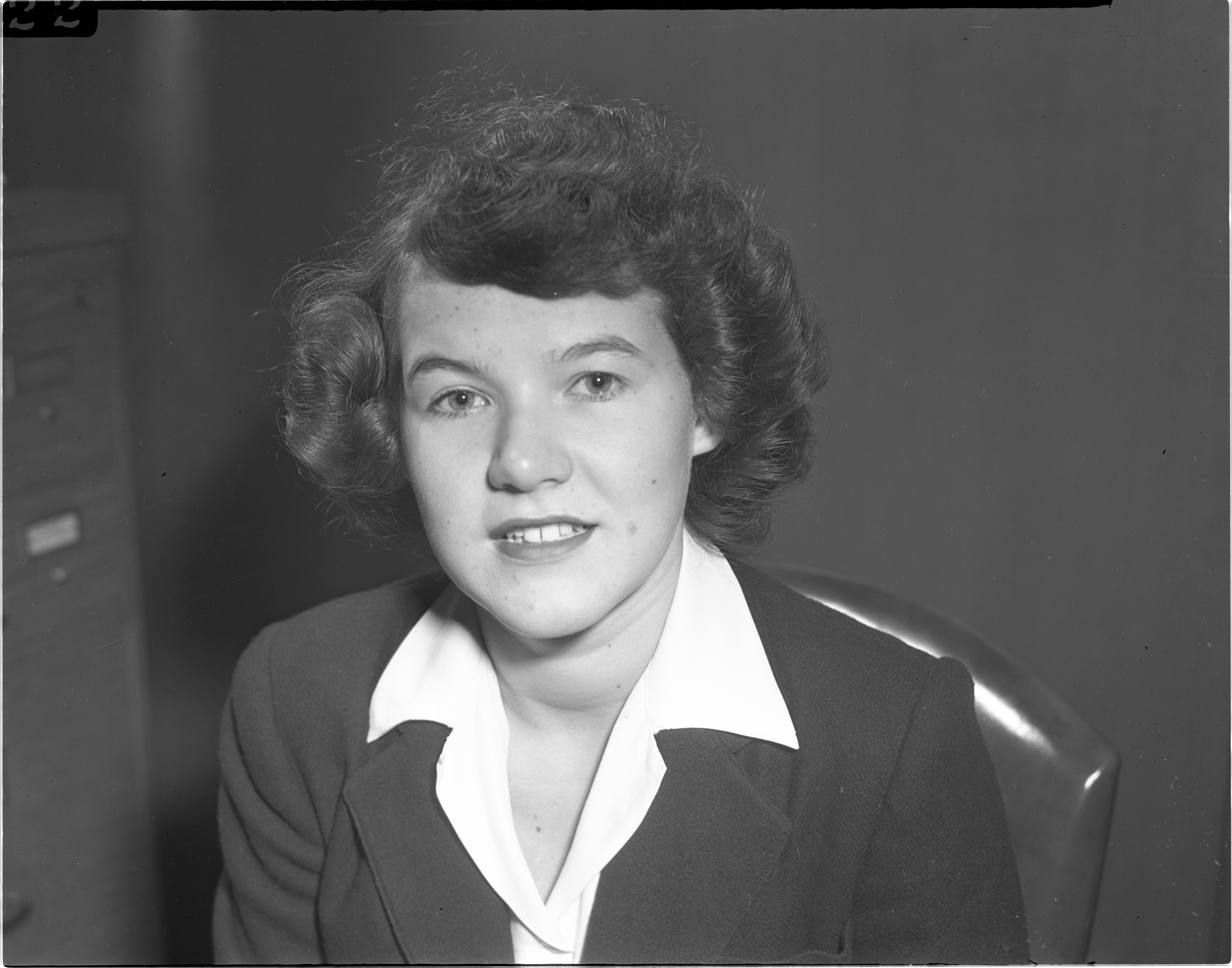 Barbara Lou Eddy - Ann Arbor DeMolay Chapter Sweetheart, September 1942 image