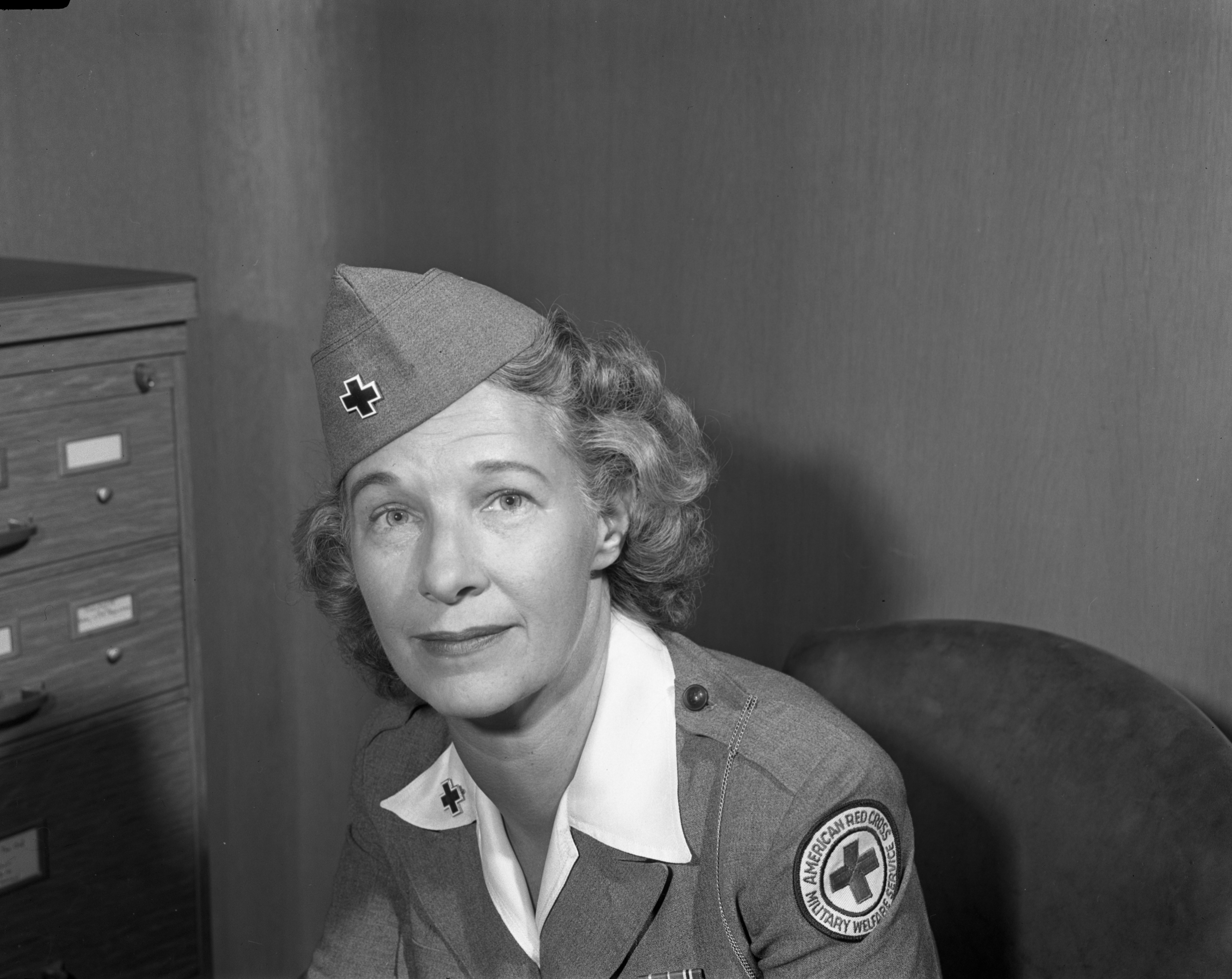 Mrs. Narcissa Perrin of the overseas Red Cross, August 1945 image