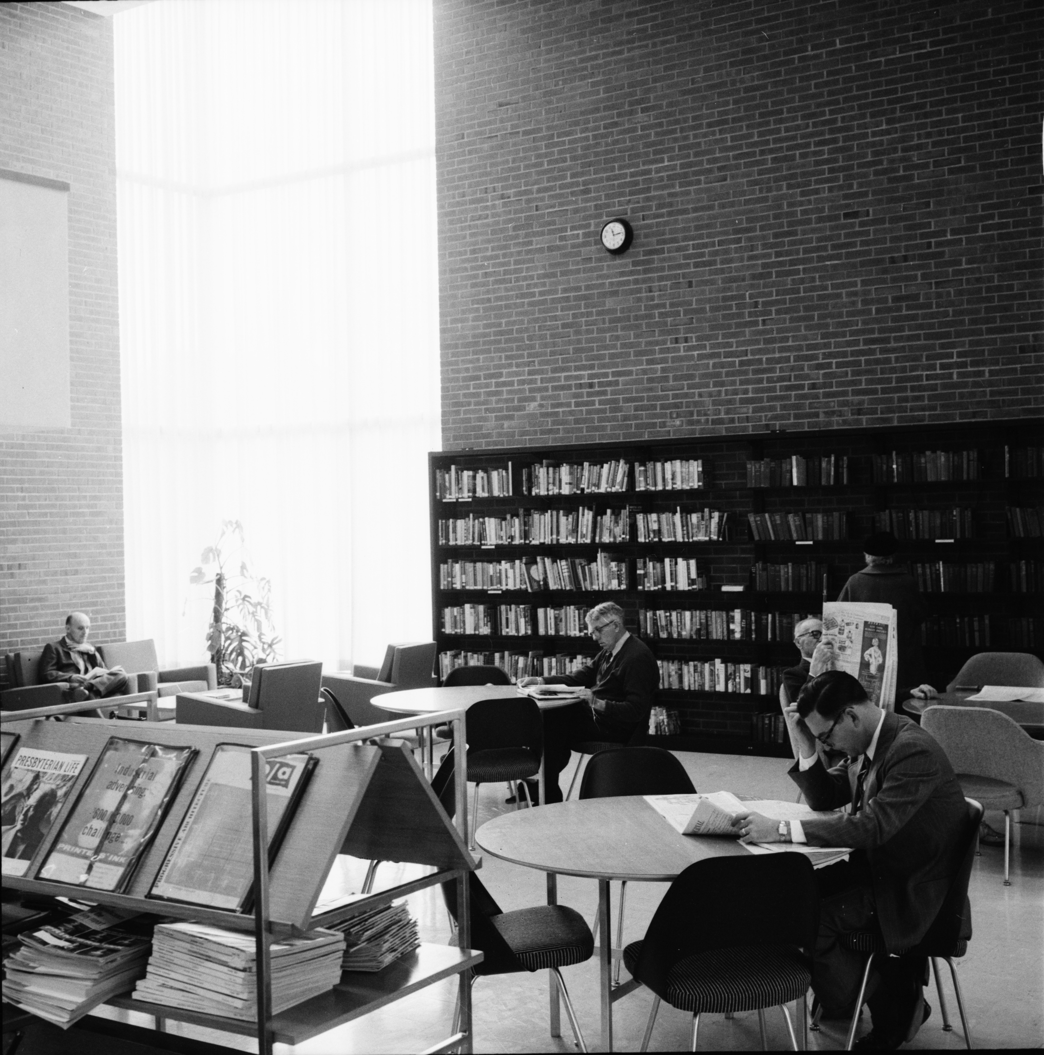 First Floor Reading and Browsing Area, New Ann Arbor Public Library, November 1957 image