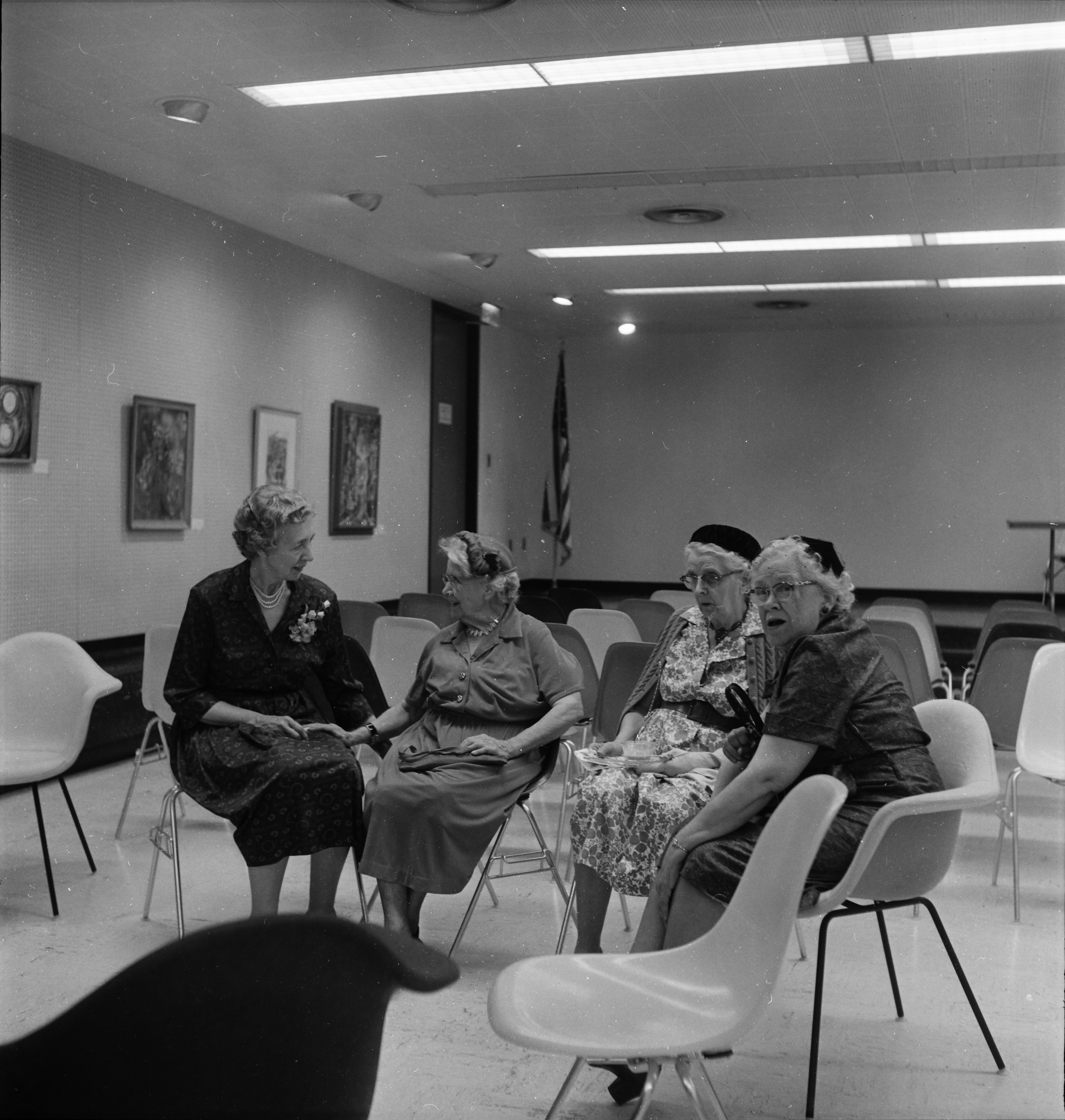 Author Lela Duff Honored by Friends of the Ann Arbor Public Library, October 1962 image