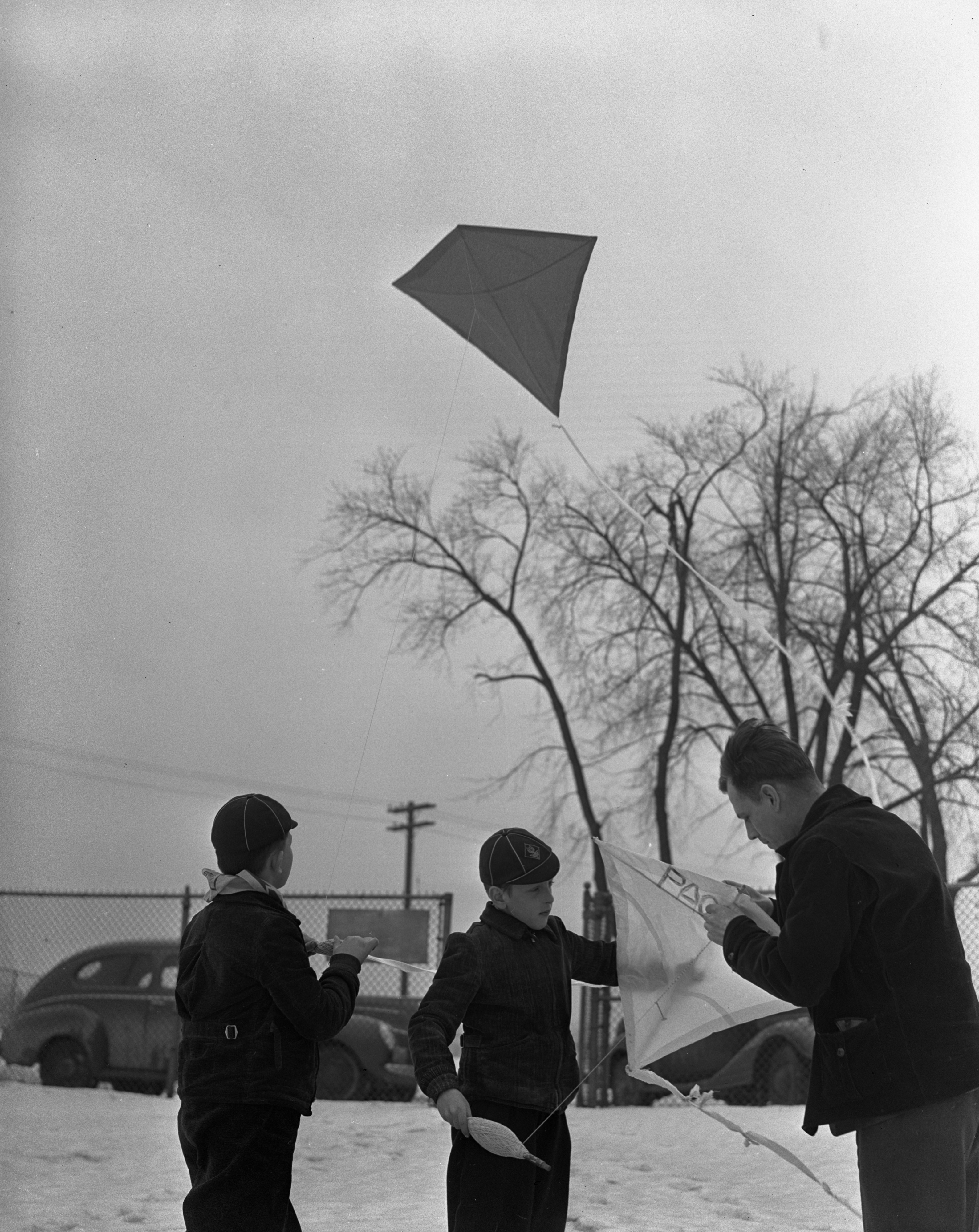 American Legion kite flying contest on Stadium Blvd, March 1940 image