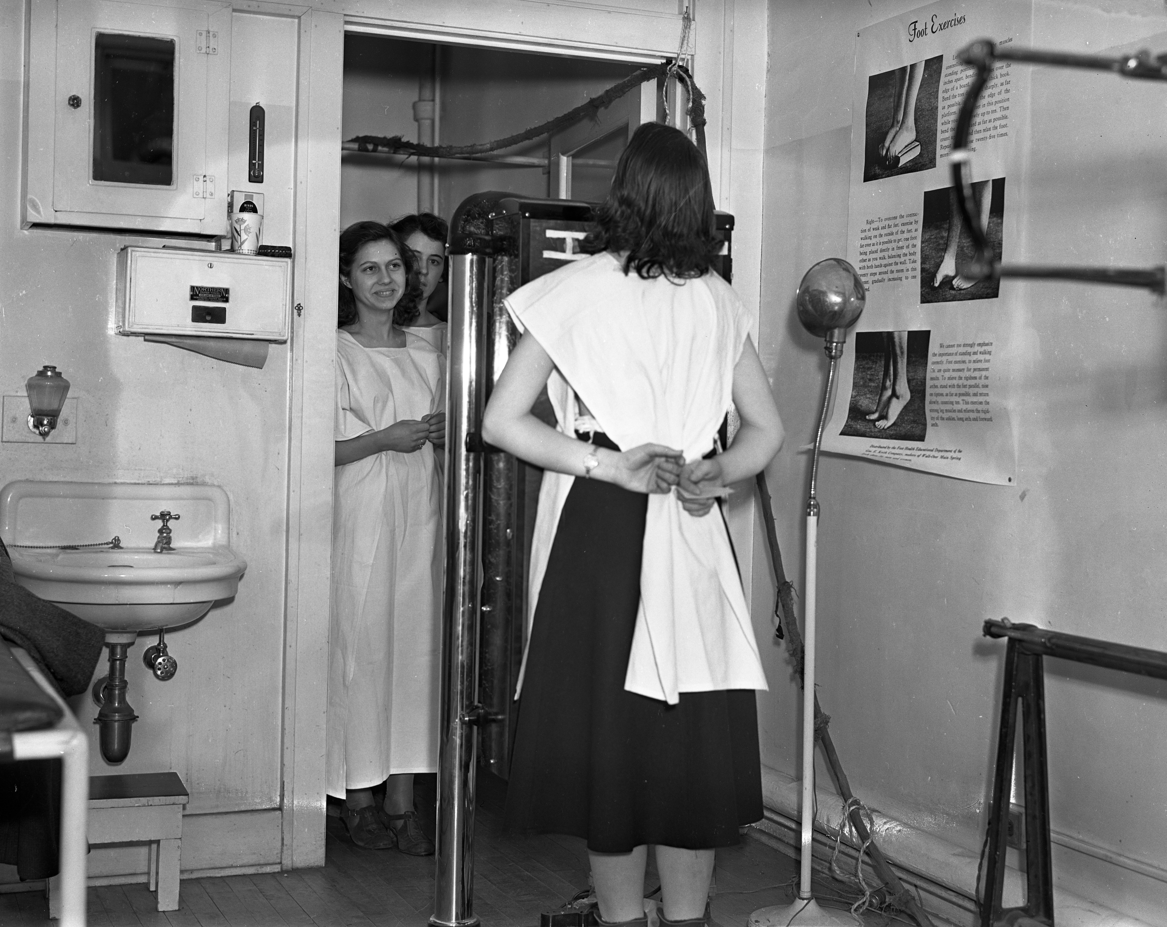 Ann Arbor High School Students Tuberculosis Screening, December 1937 image
