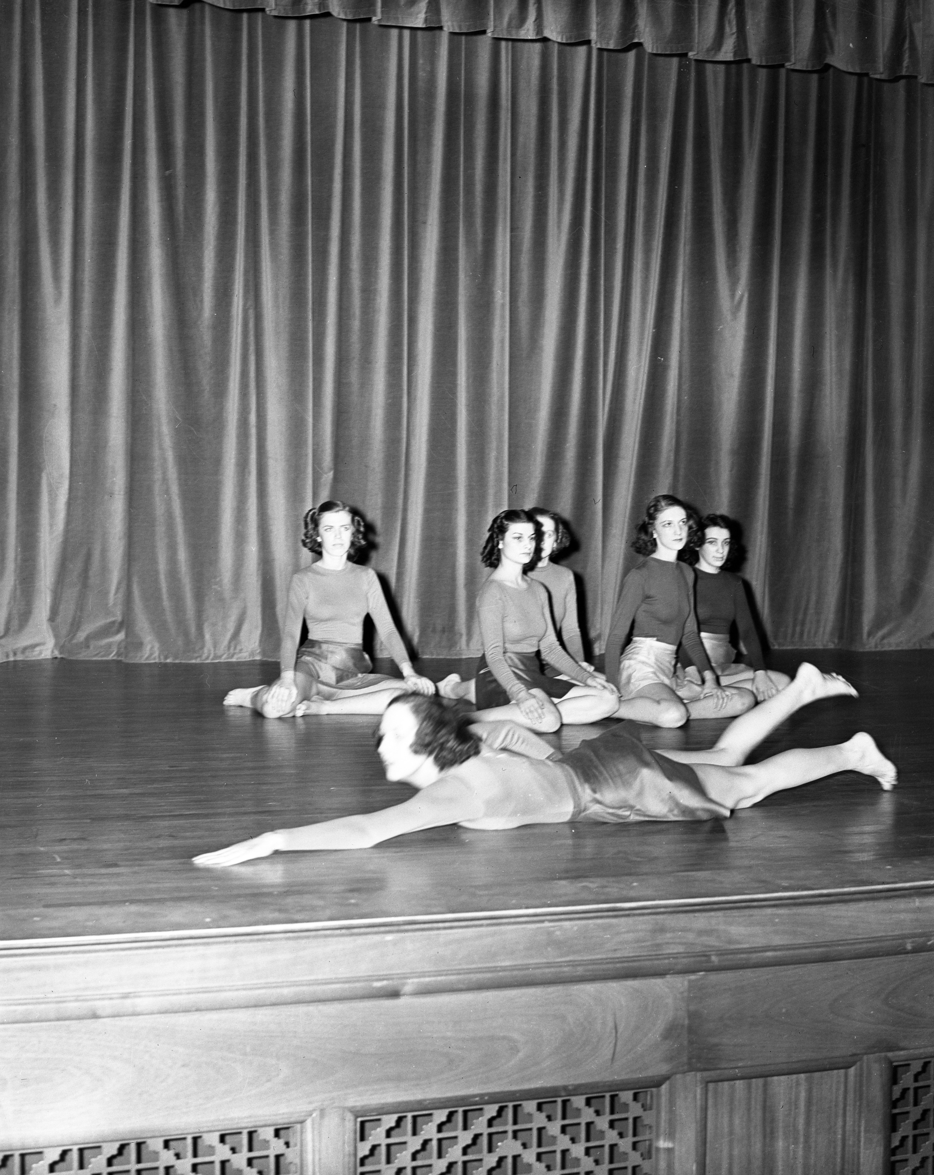 Modern Dance class at Ann Arbor High School, January 1939 image