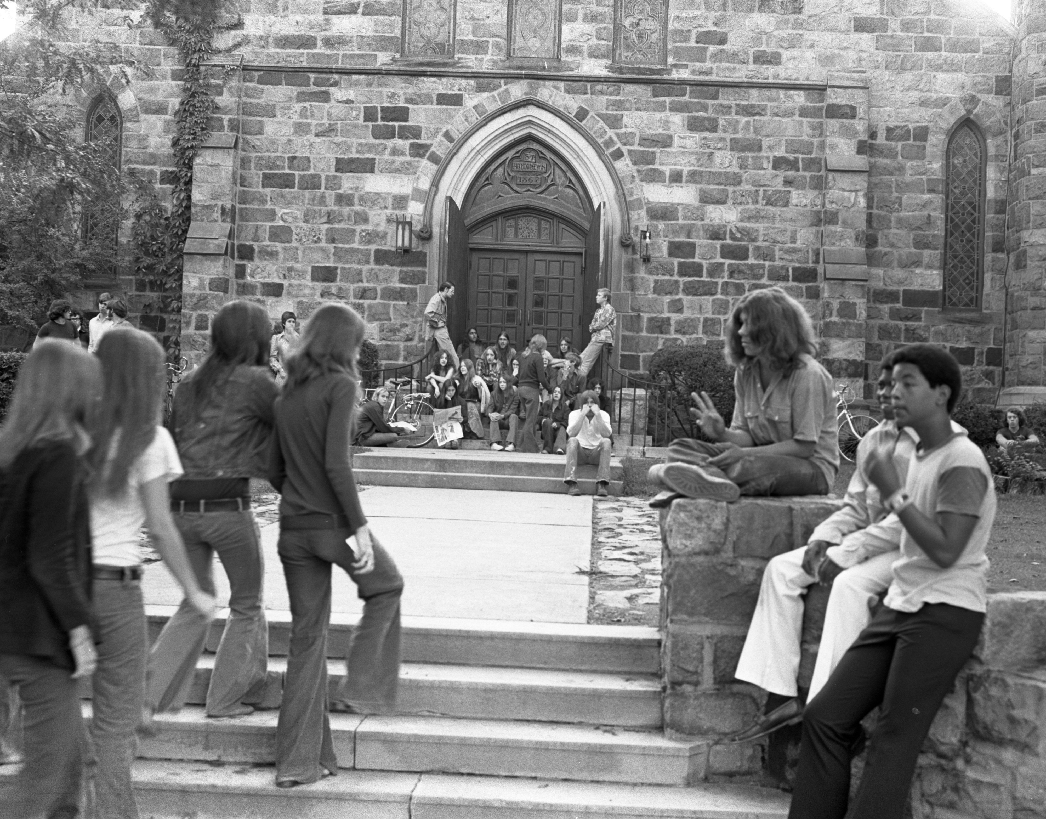 Community High School Officially Opens With Orientation at St. Andrew's Episcopal Church, September 1972 image