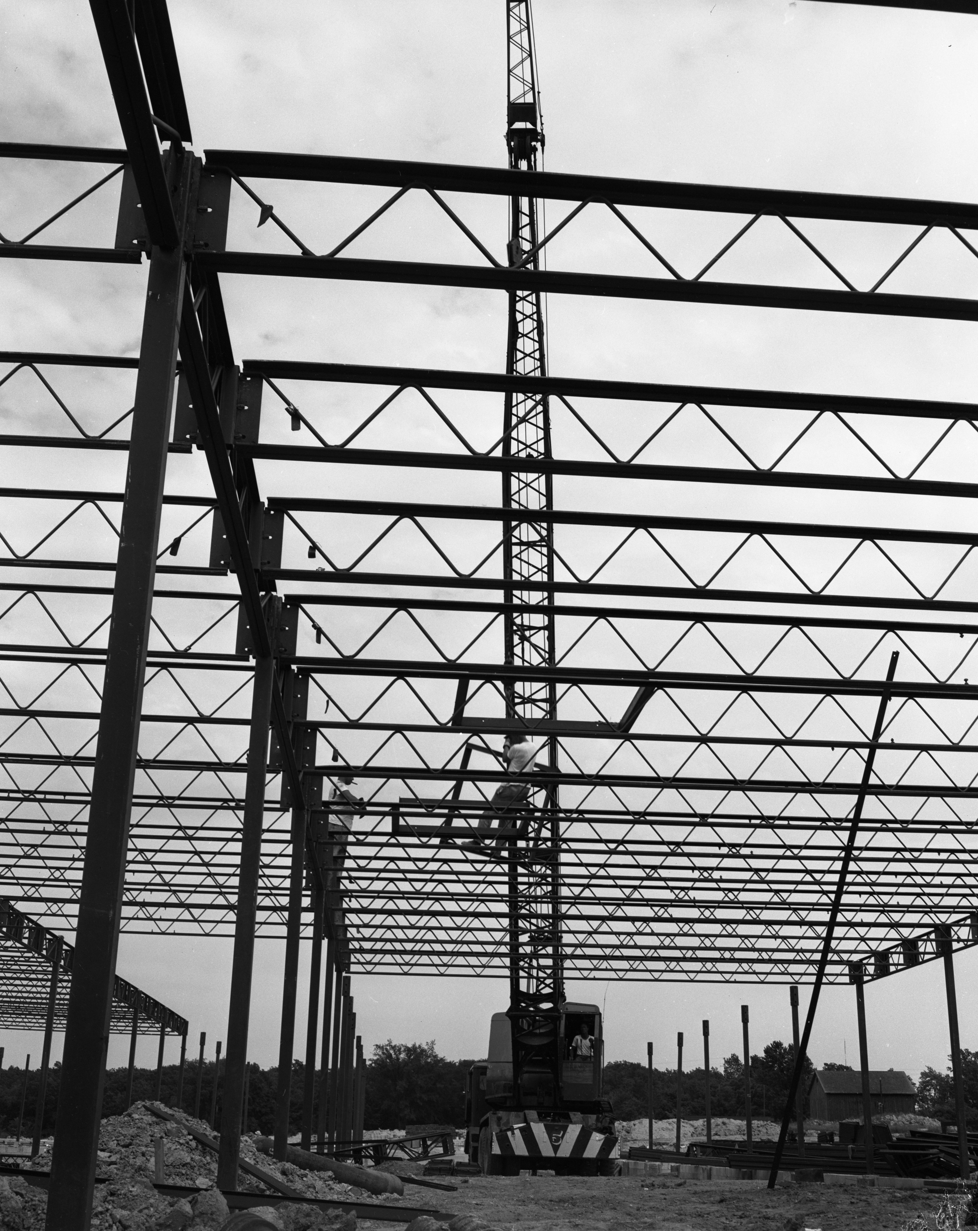 Cranes Set Steel Framework For New Elementary School On Newport Rd. at Sunset Rd., June 1956 image