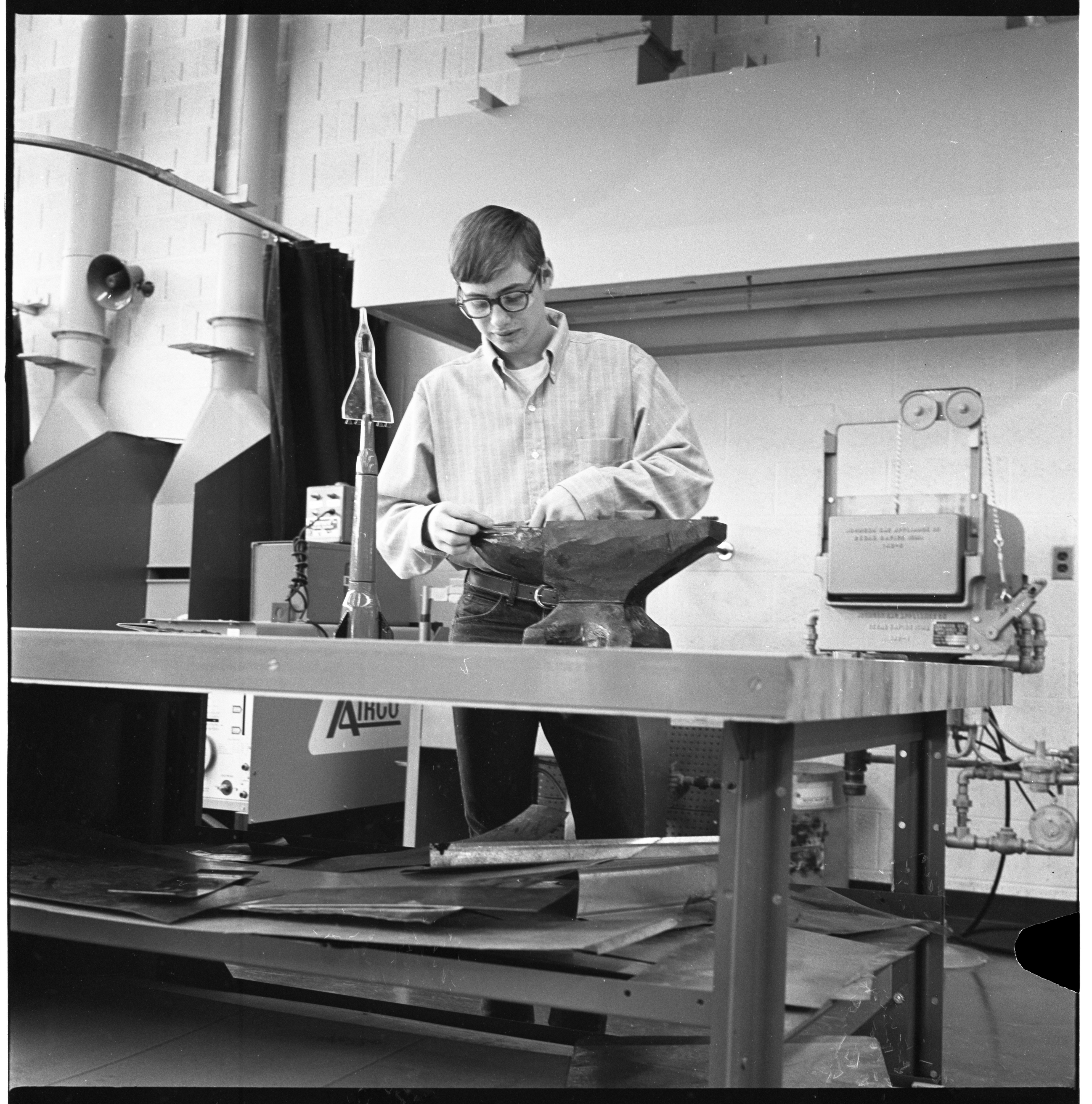 Huron High School Industrial Processes Class, January 1970 image