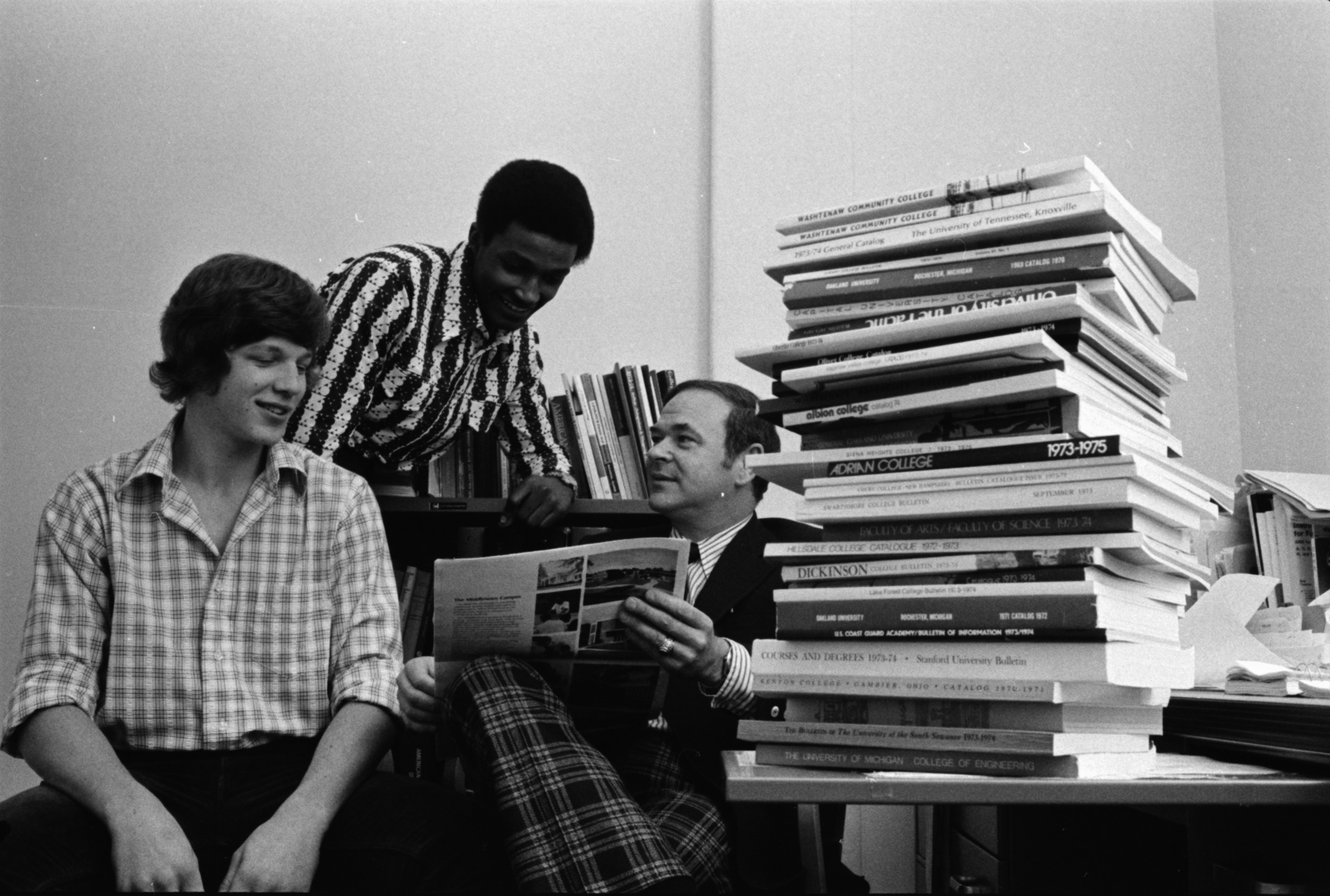 Huron High School Counselor Helps Students Select Colleges, February 1974 image