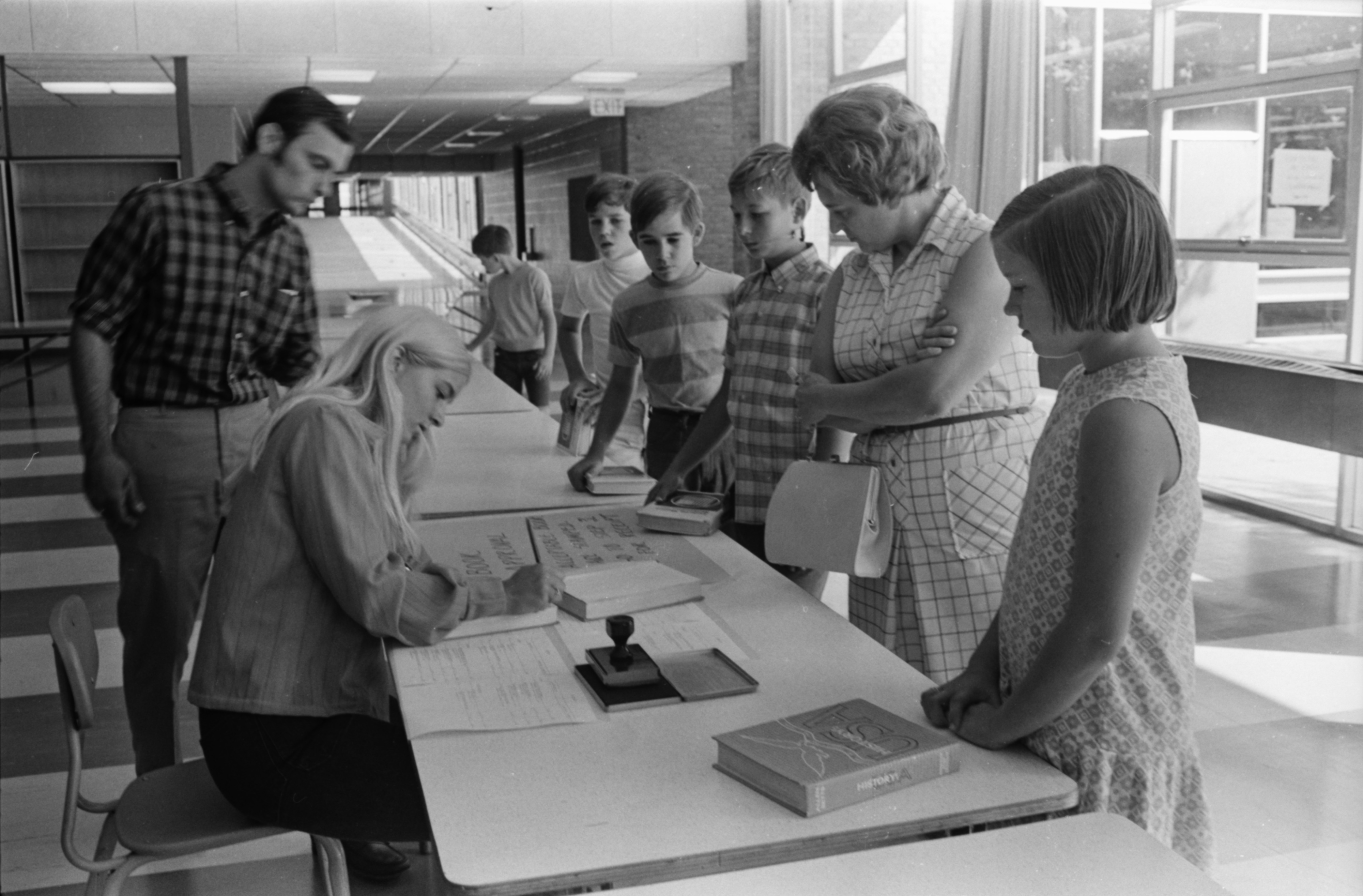 Students Exchange Used Textbooks for Cash at Forsythe Junior High, September 1970 image