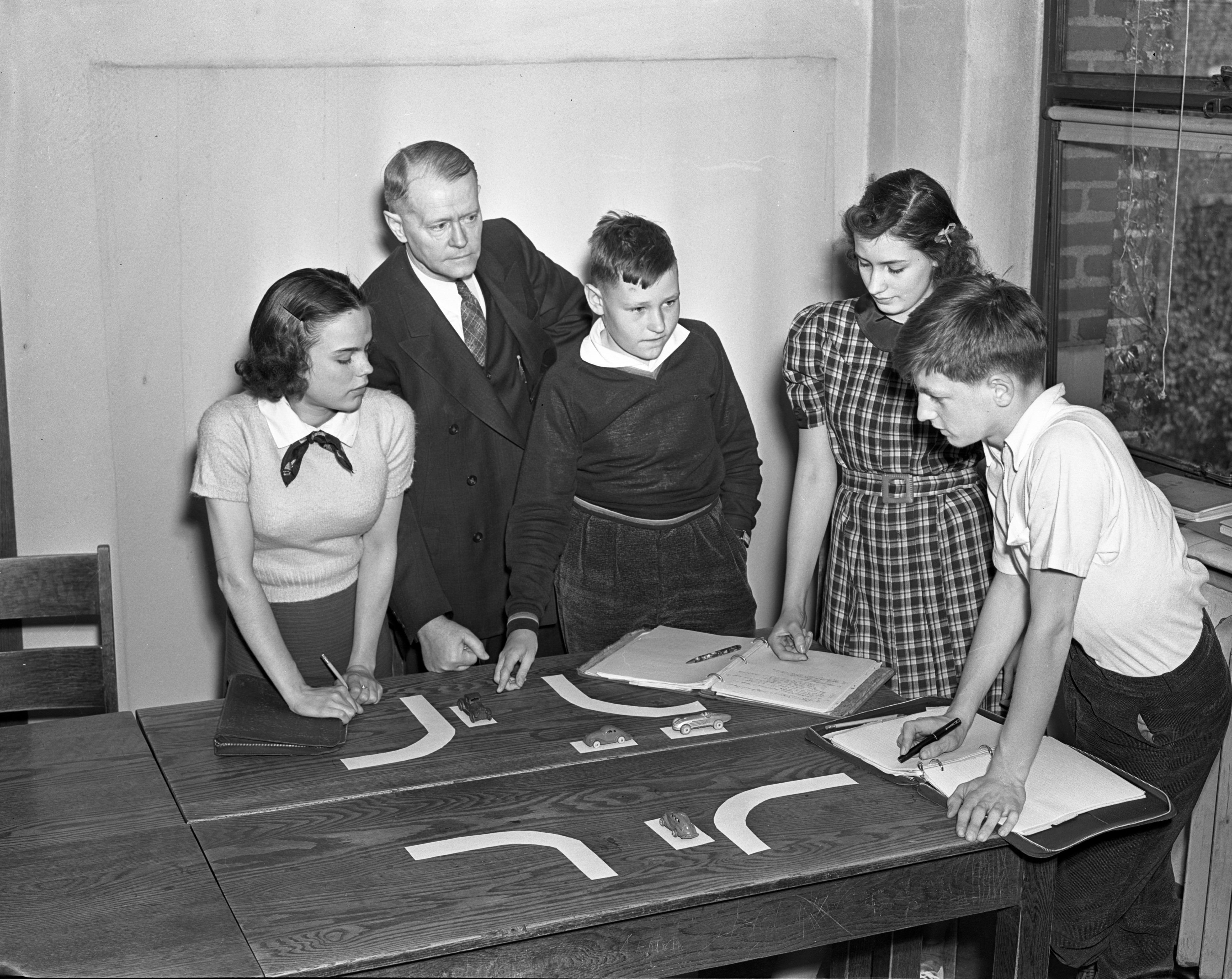 Traffic Study at University High School, May 1938 image