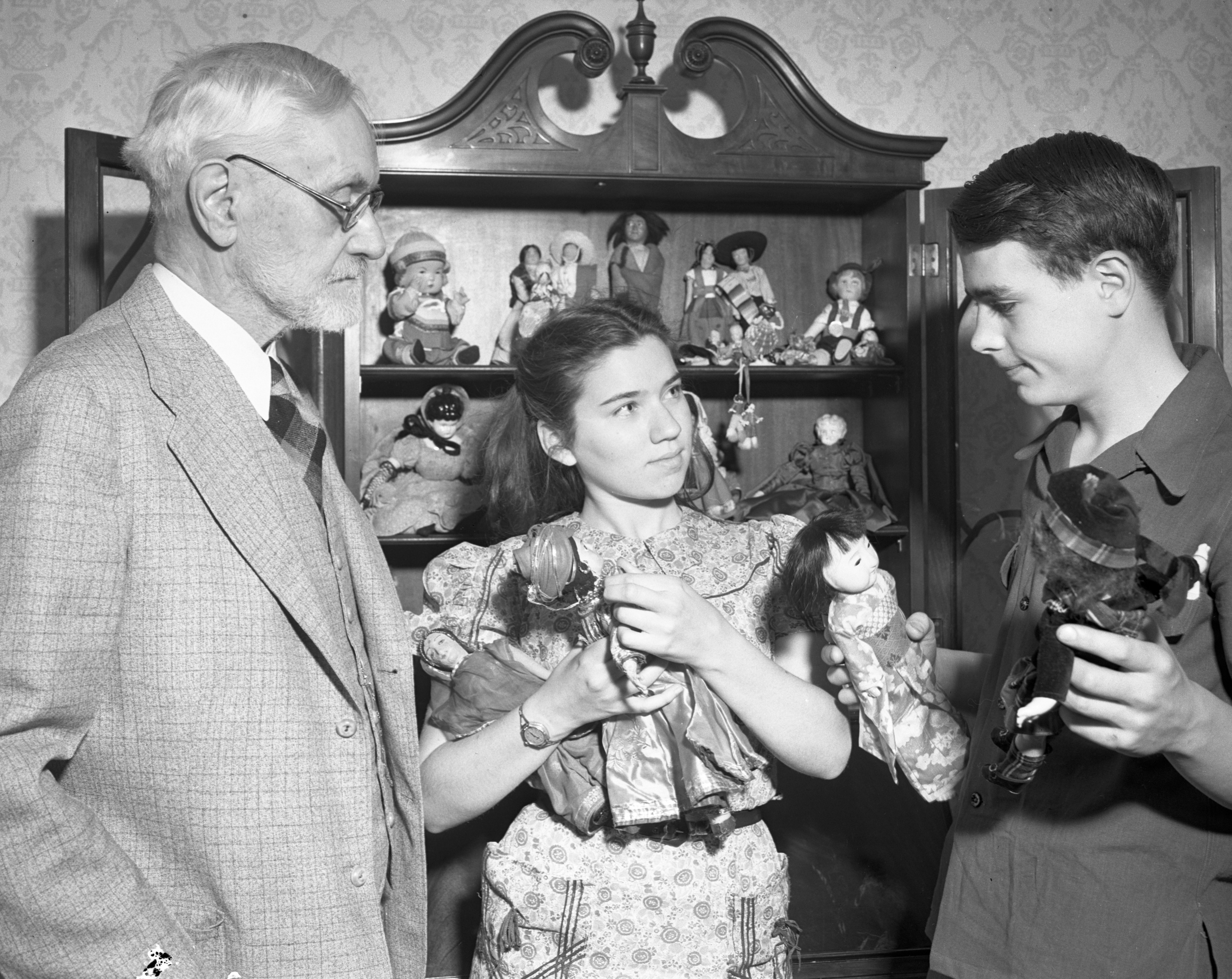 Bobby and the Old Professor, with Julia: Dolls, May 1940 image