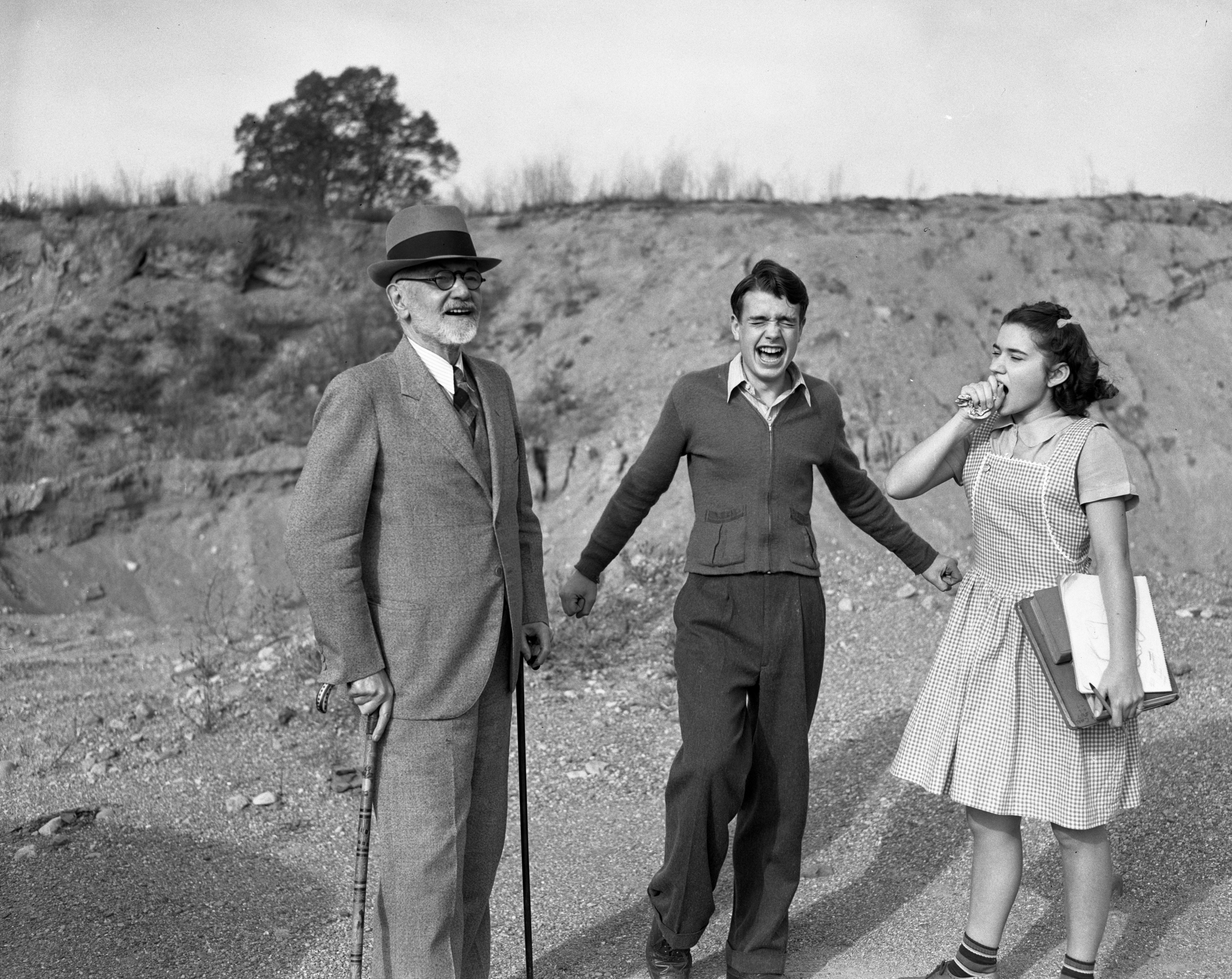 Bobby and the Old Professor, with Julia: Yawning, October 1940 image