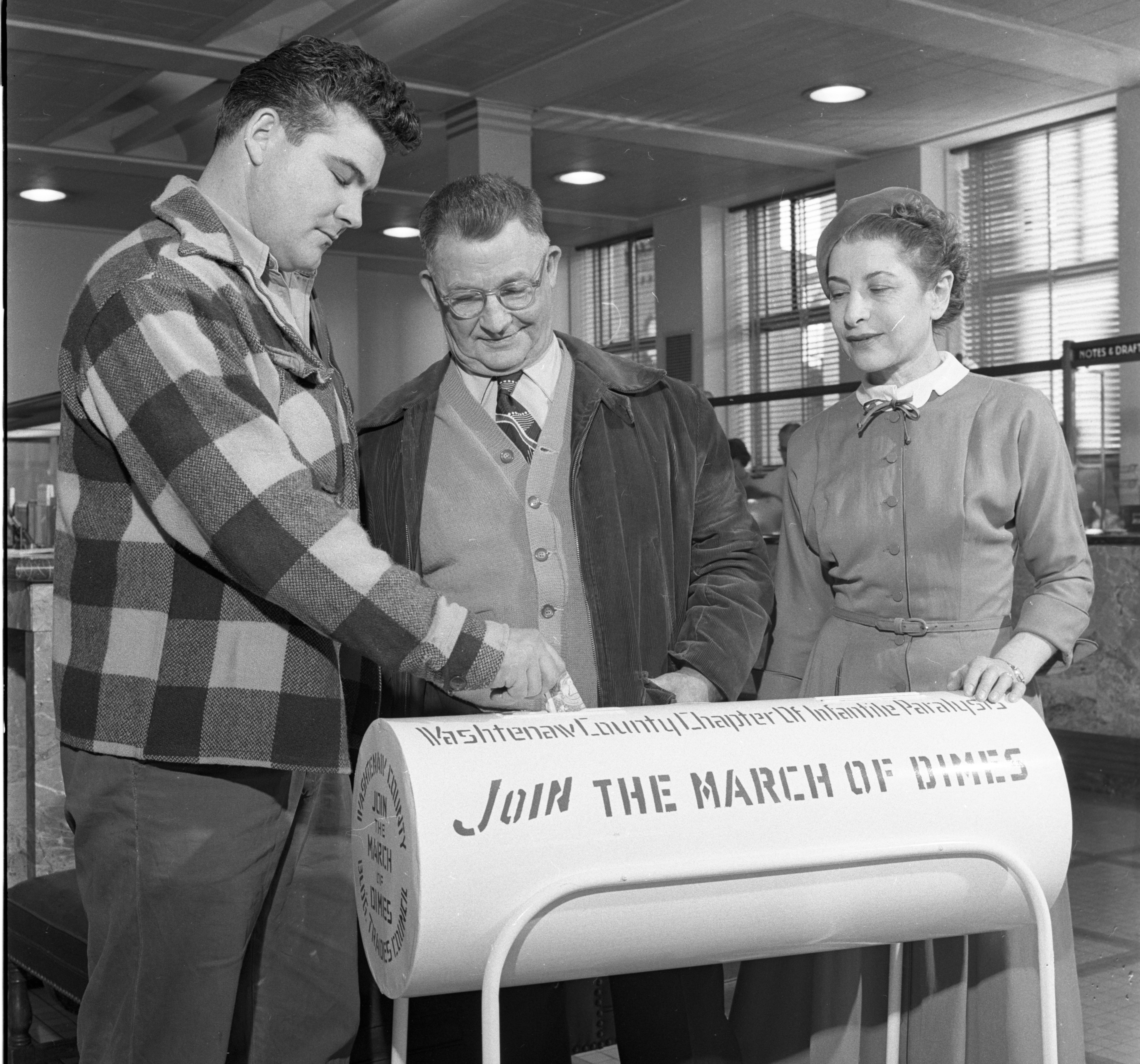 Local Trade Unions Build Canisters for March of Dimes Drive, January 1955 image
