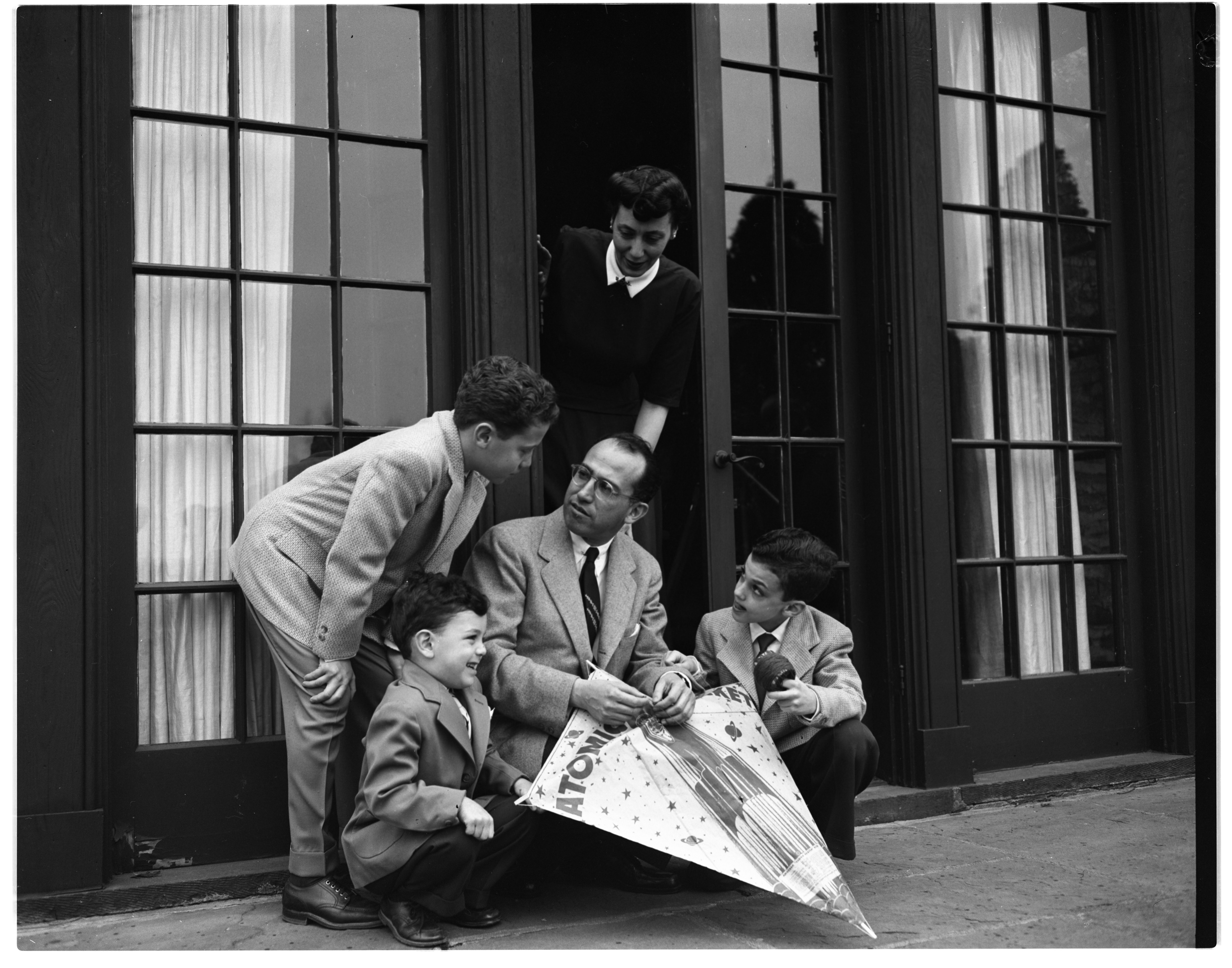 Dr. Jonas E. Salk and his family, April 1955 image