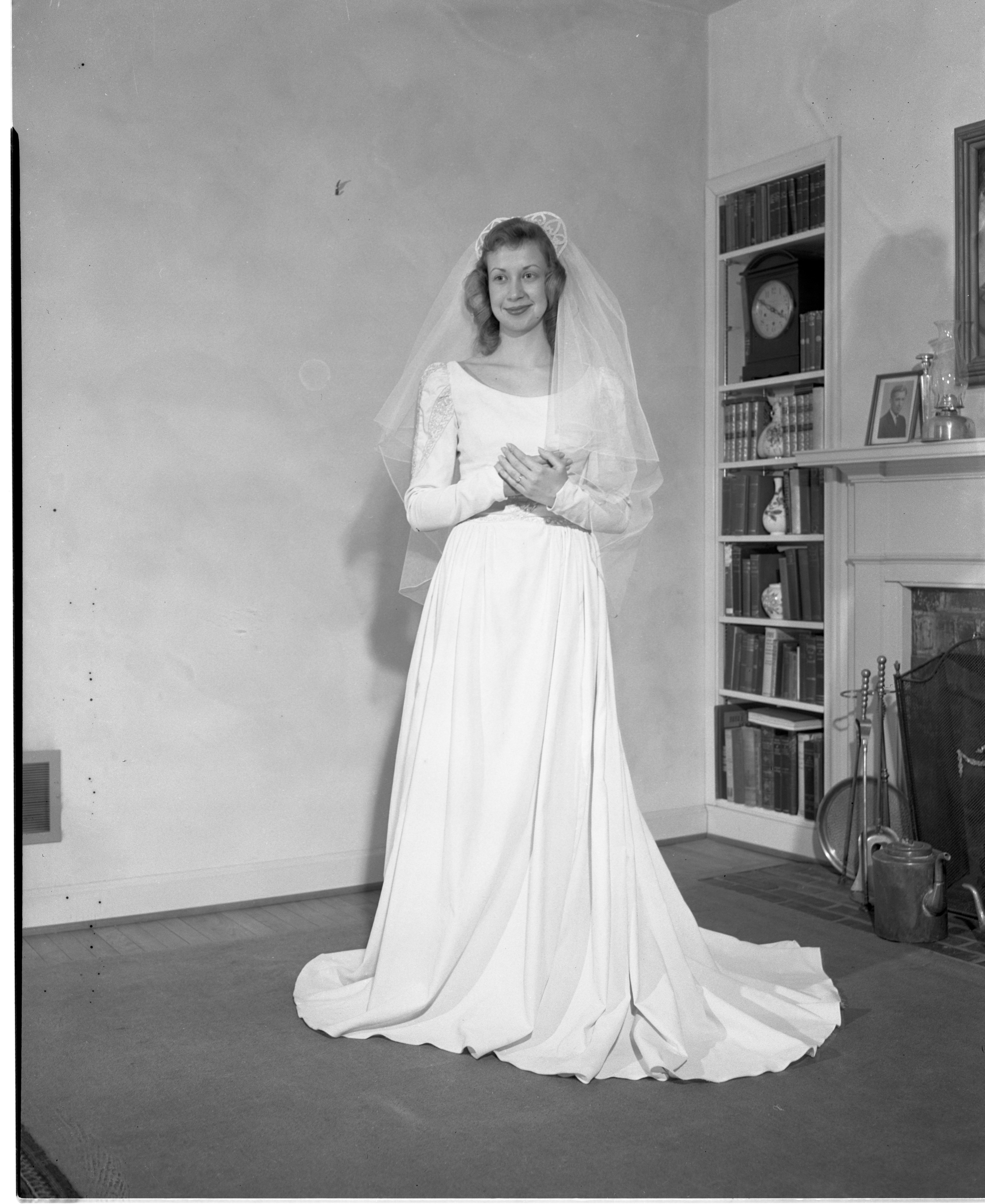 Ann Cook - Bride Of David Davis II, February 1947 image